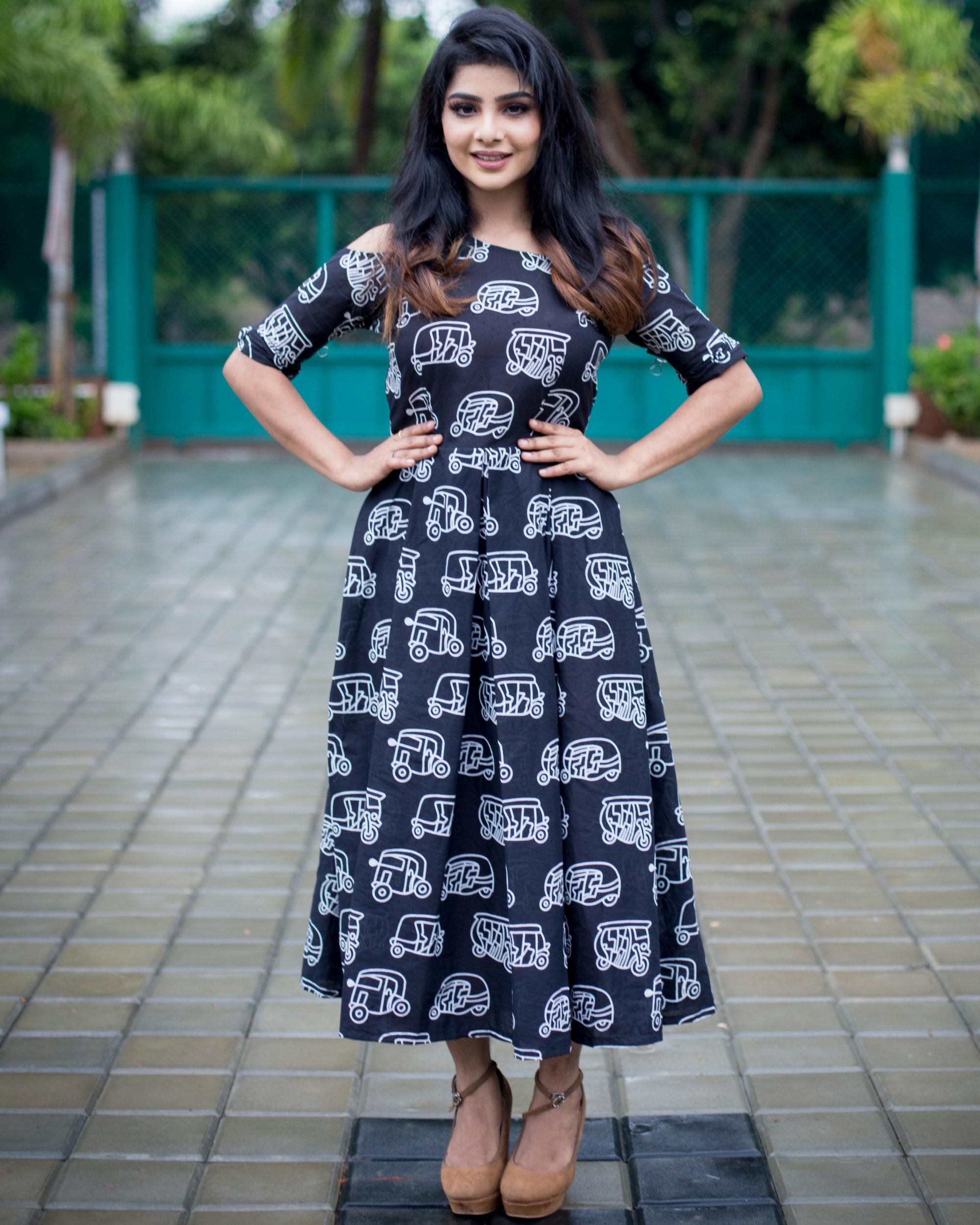 Pleated auto print dress