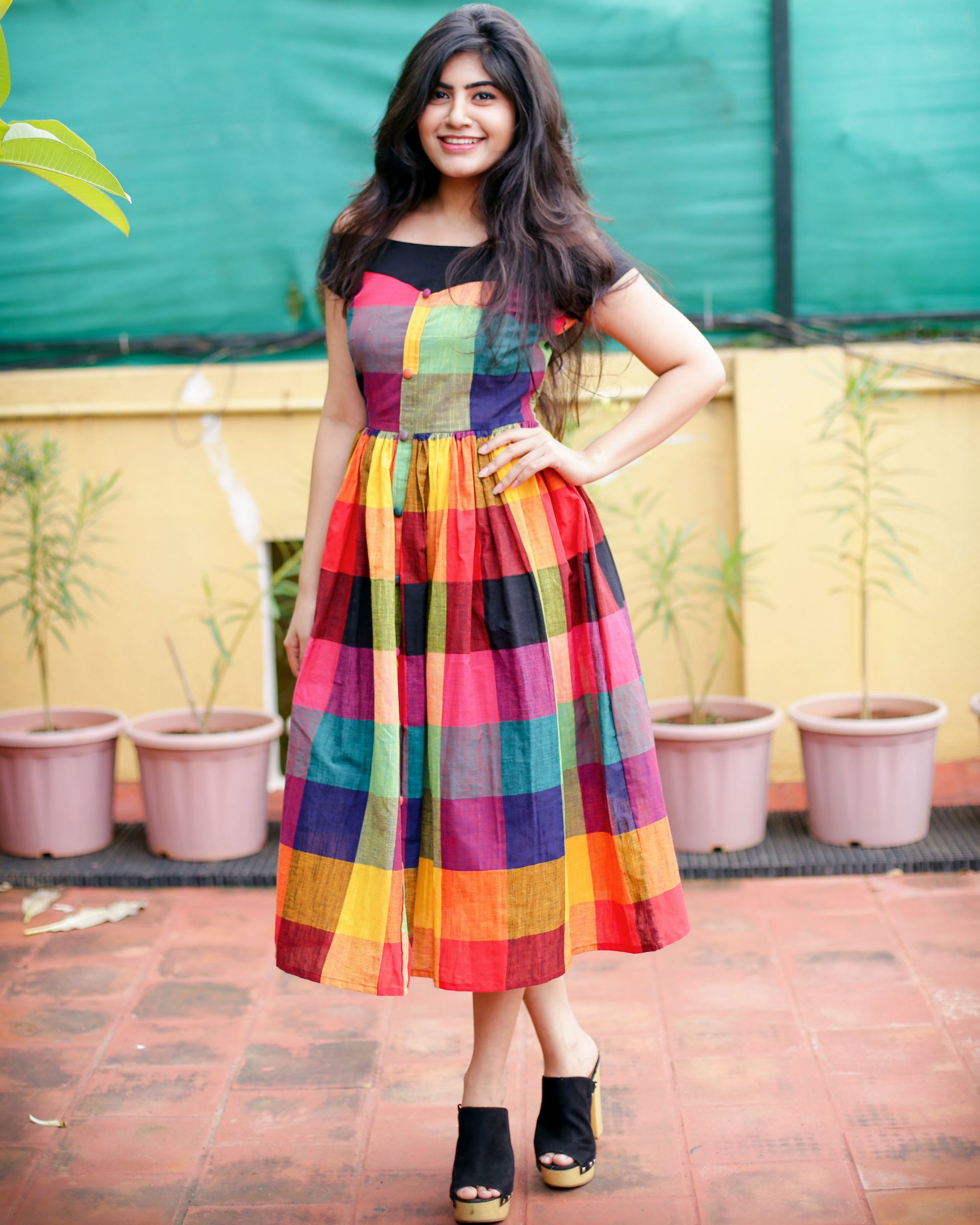 Off-shoulder multicoloured dress