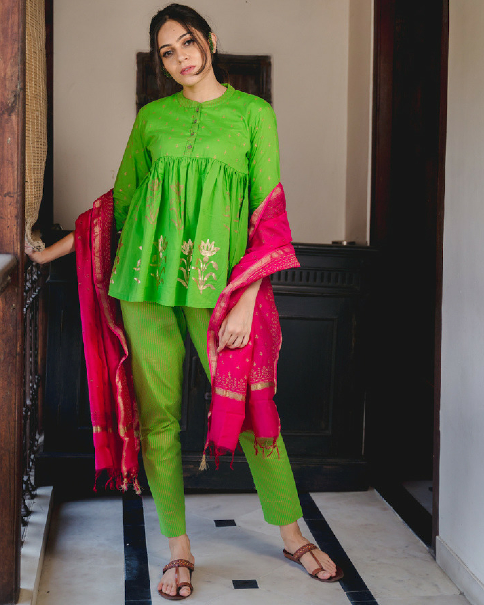 Short kurta set with dupatta