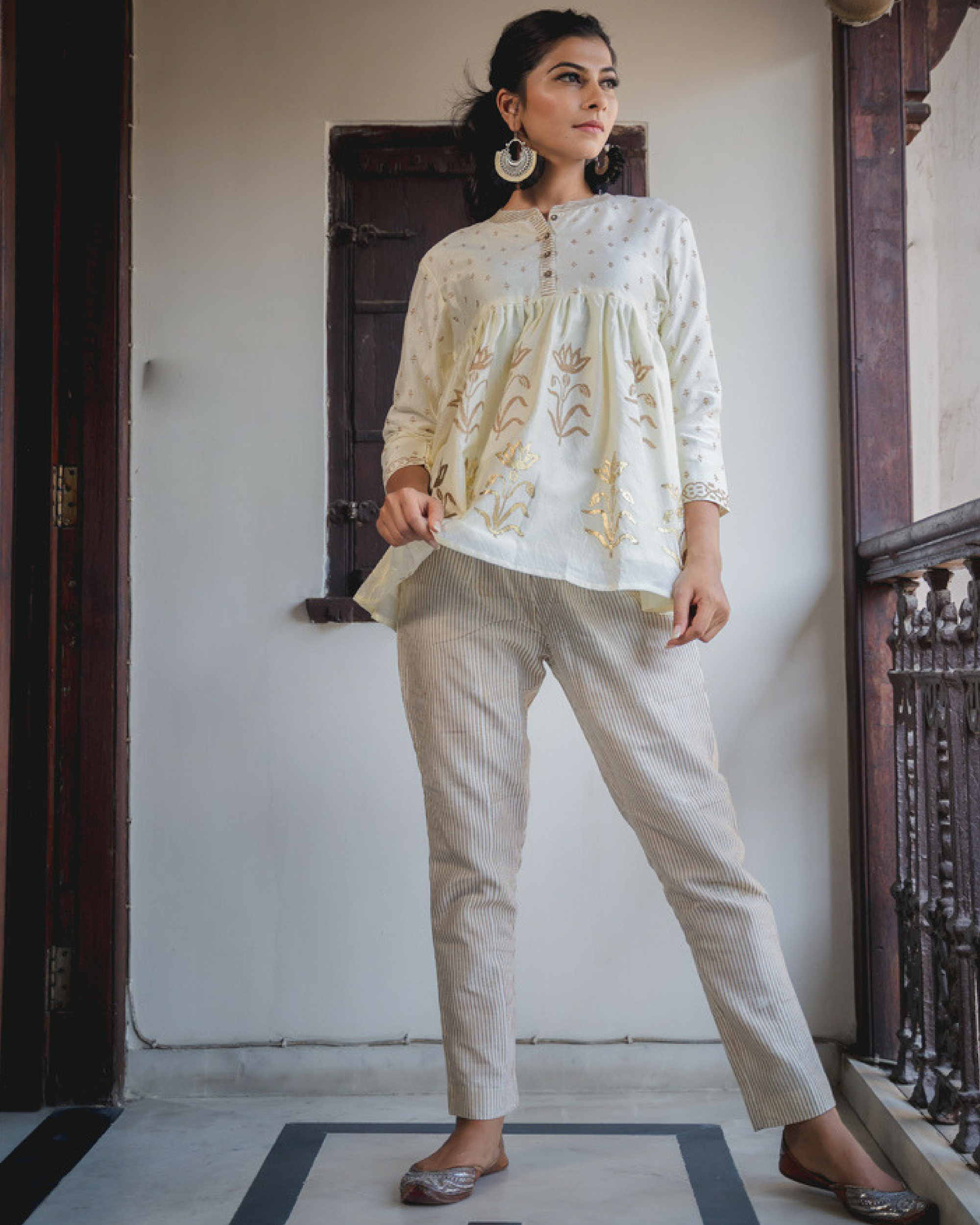 Azmat phool top with pants