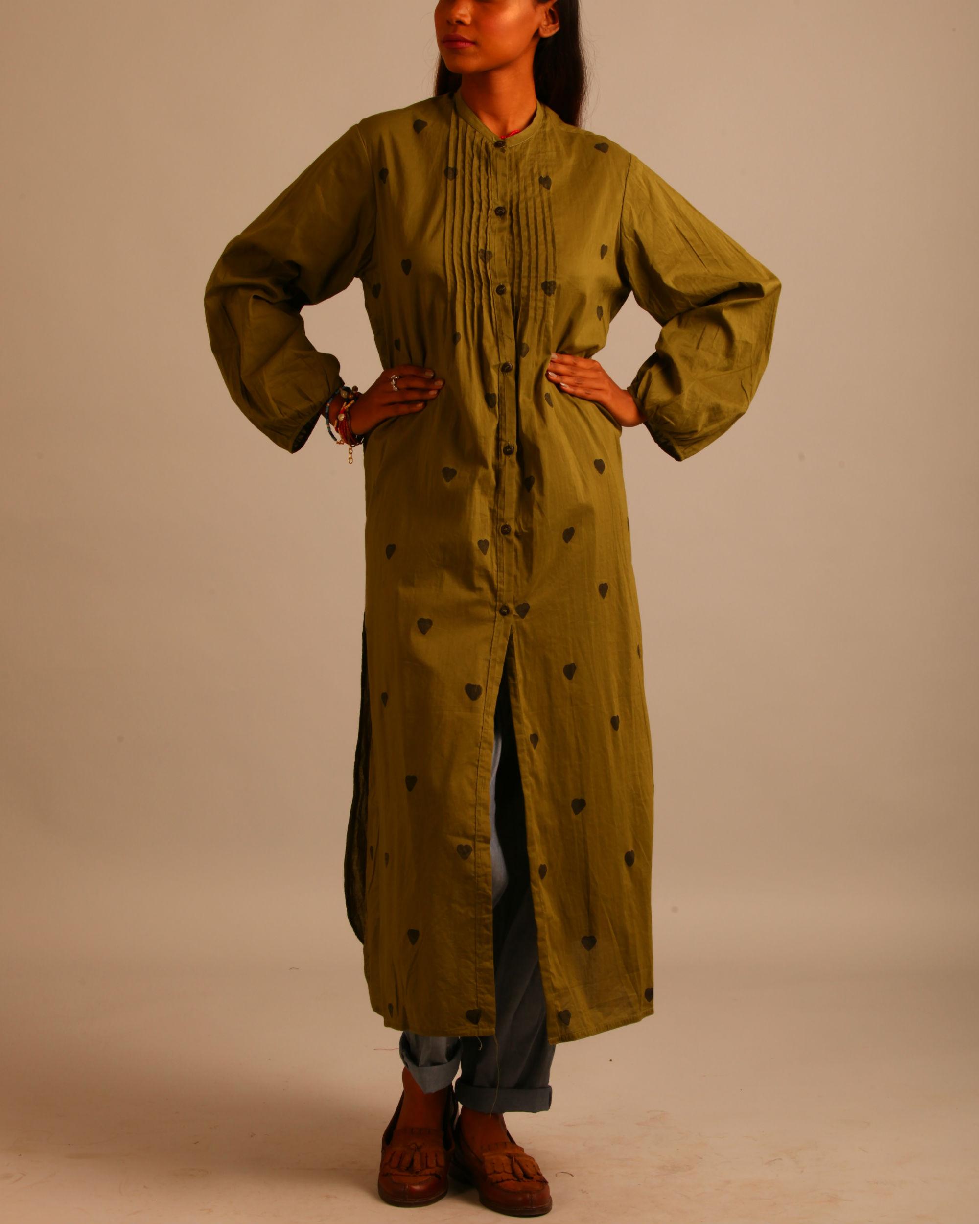 Green block print tucks dress