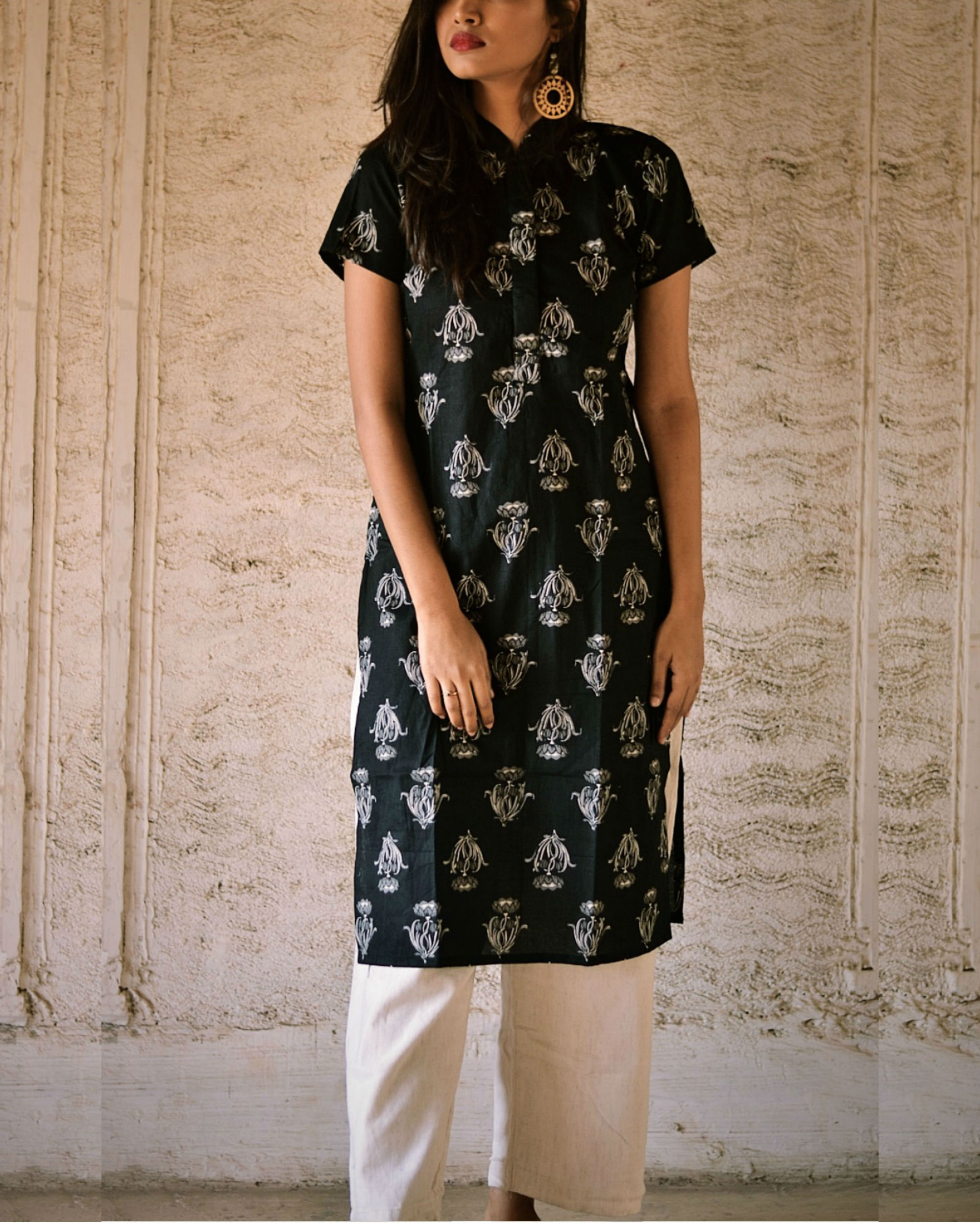 Black flower print kurta
