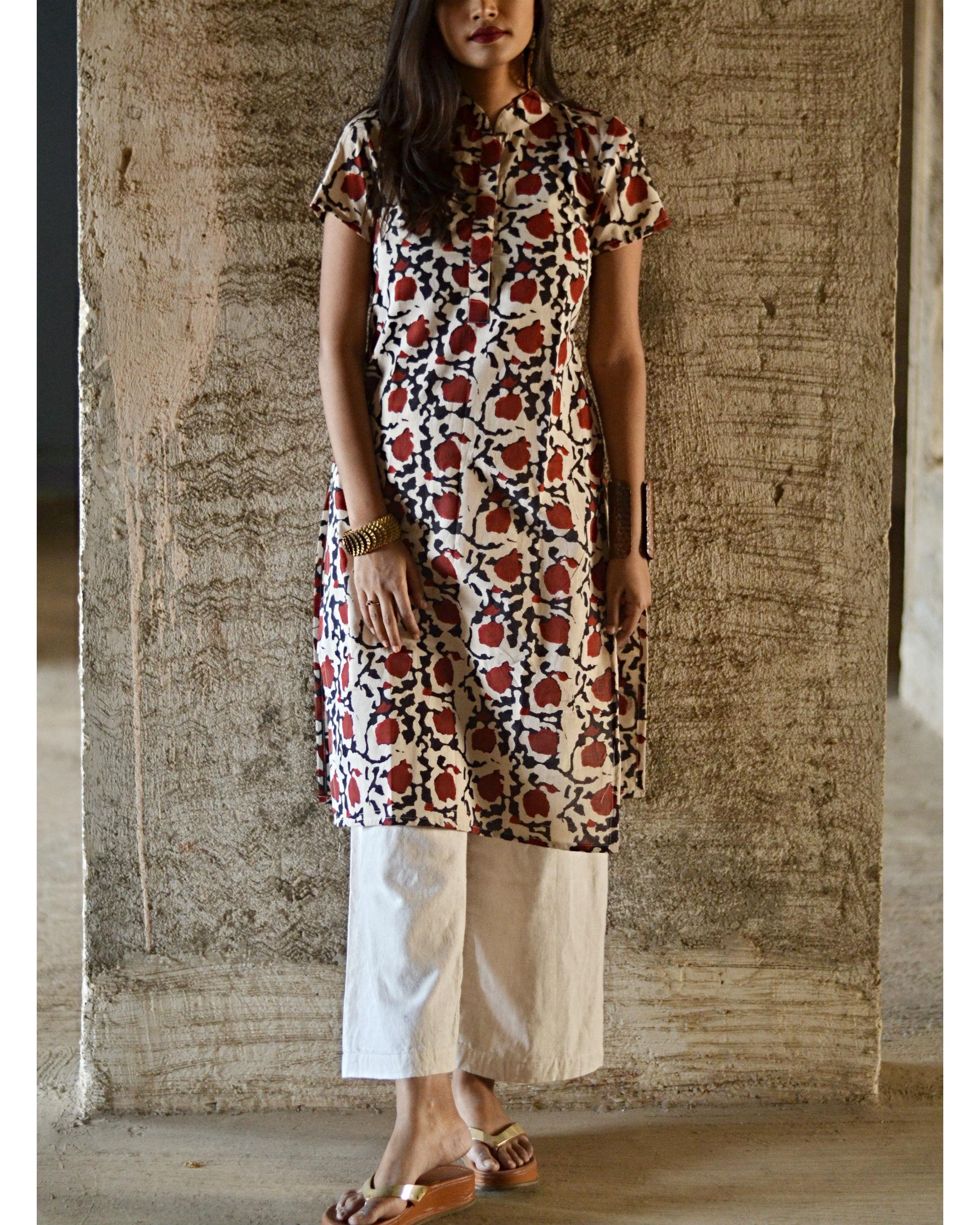 White and red print kurta