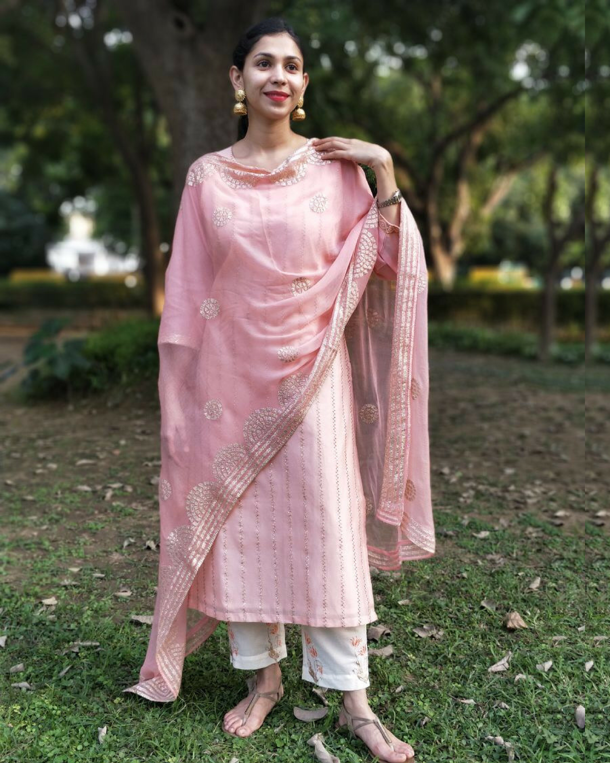 Peach zari embroidered kurta set