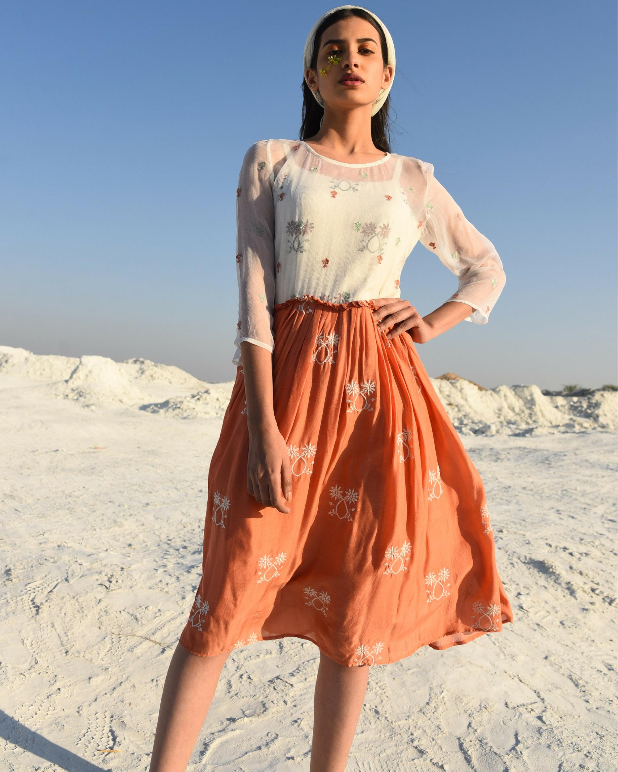 Gathered rusty muslin dress