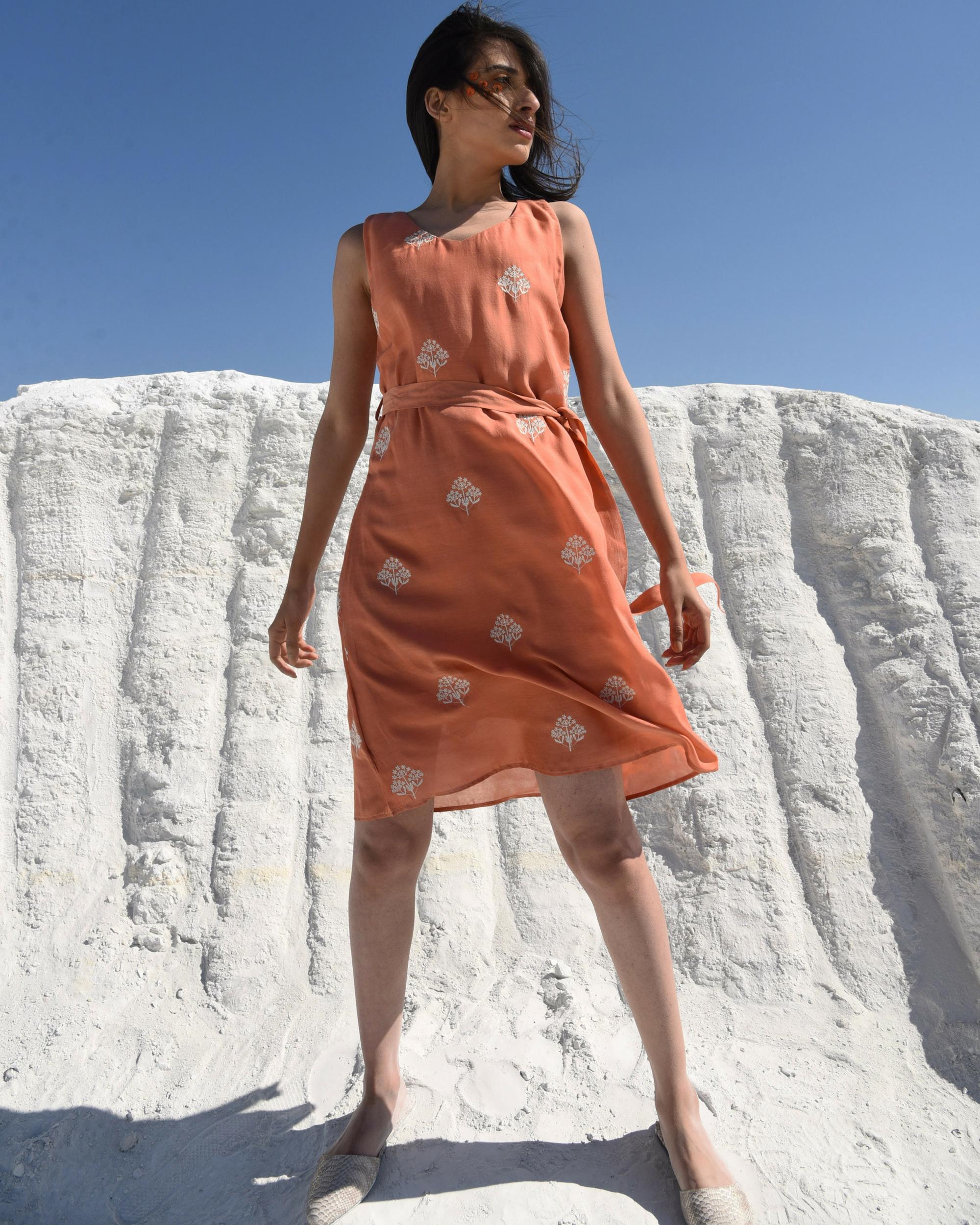 Rusty sleeveless sunny dress
