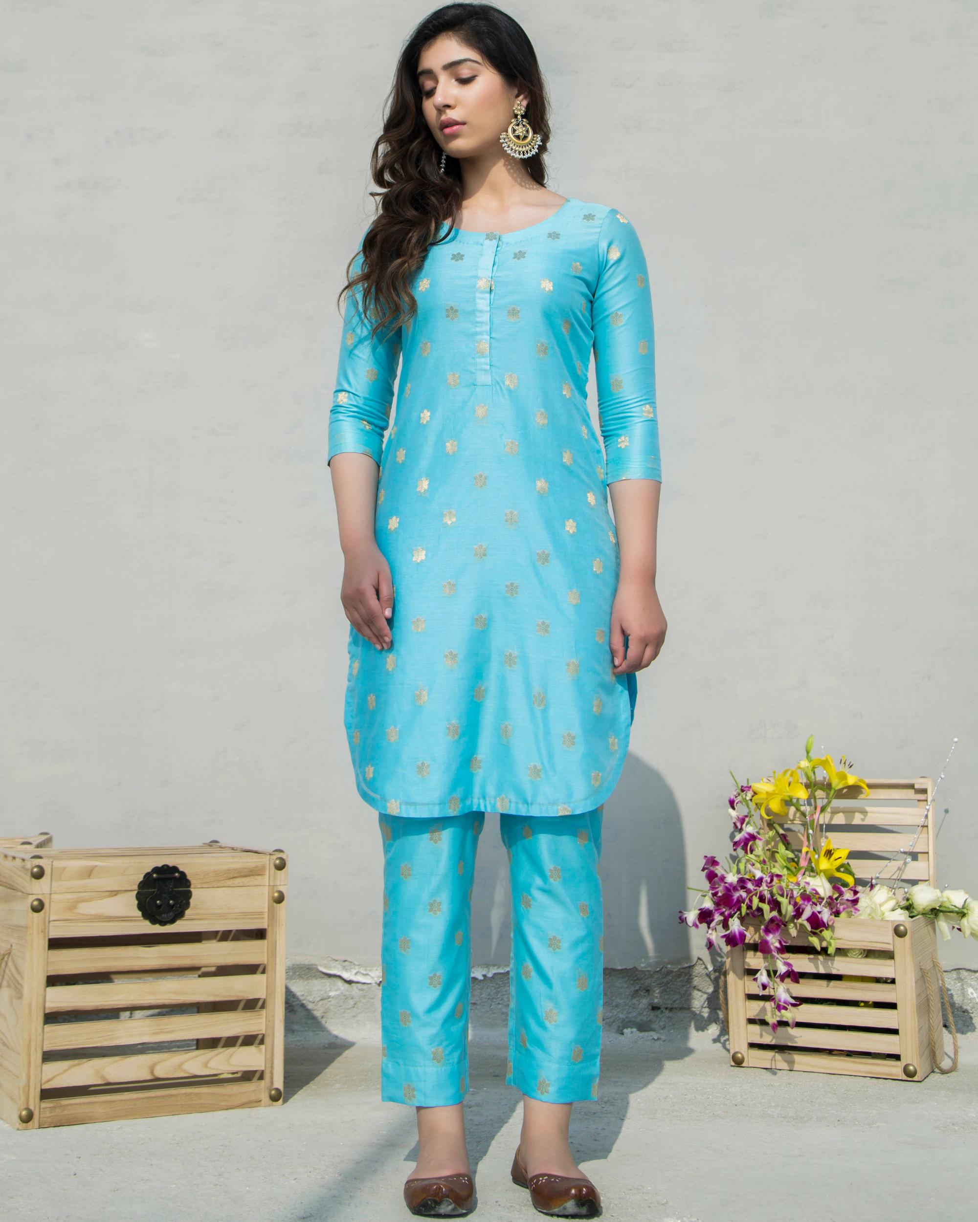 Zari boota blue kurta with pants