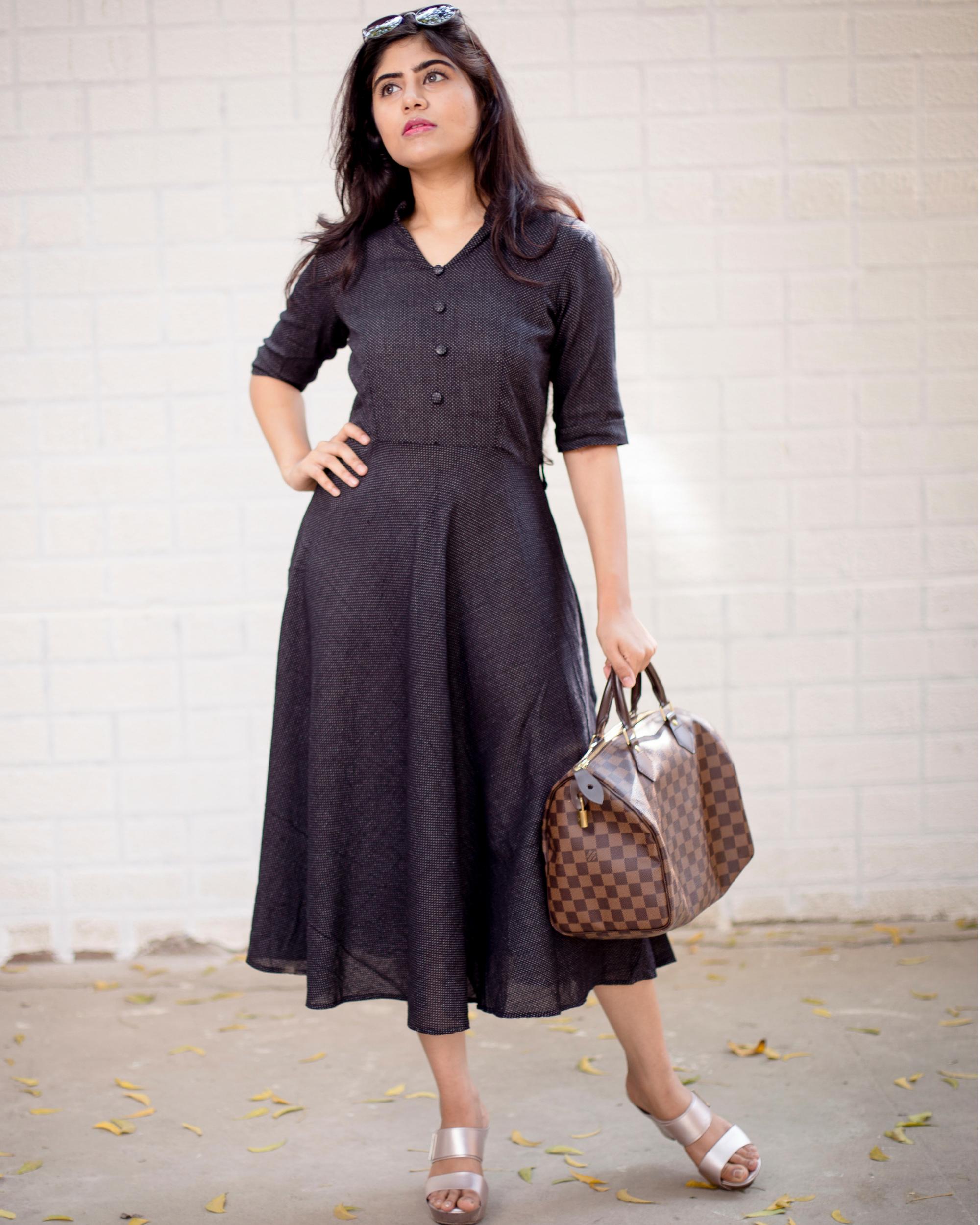 Black buttoned midi flared dress