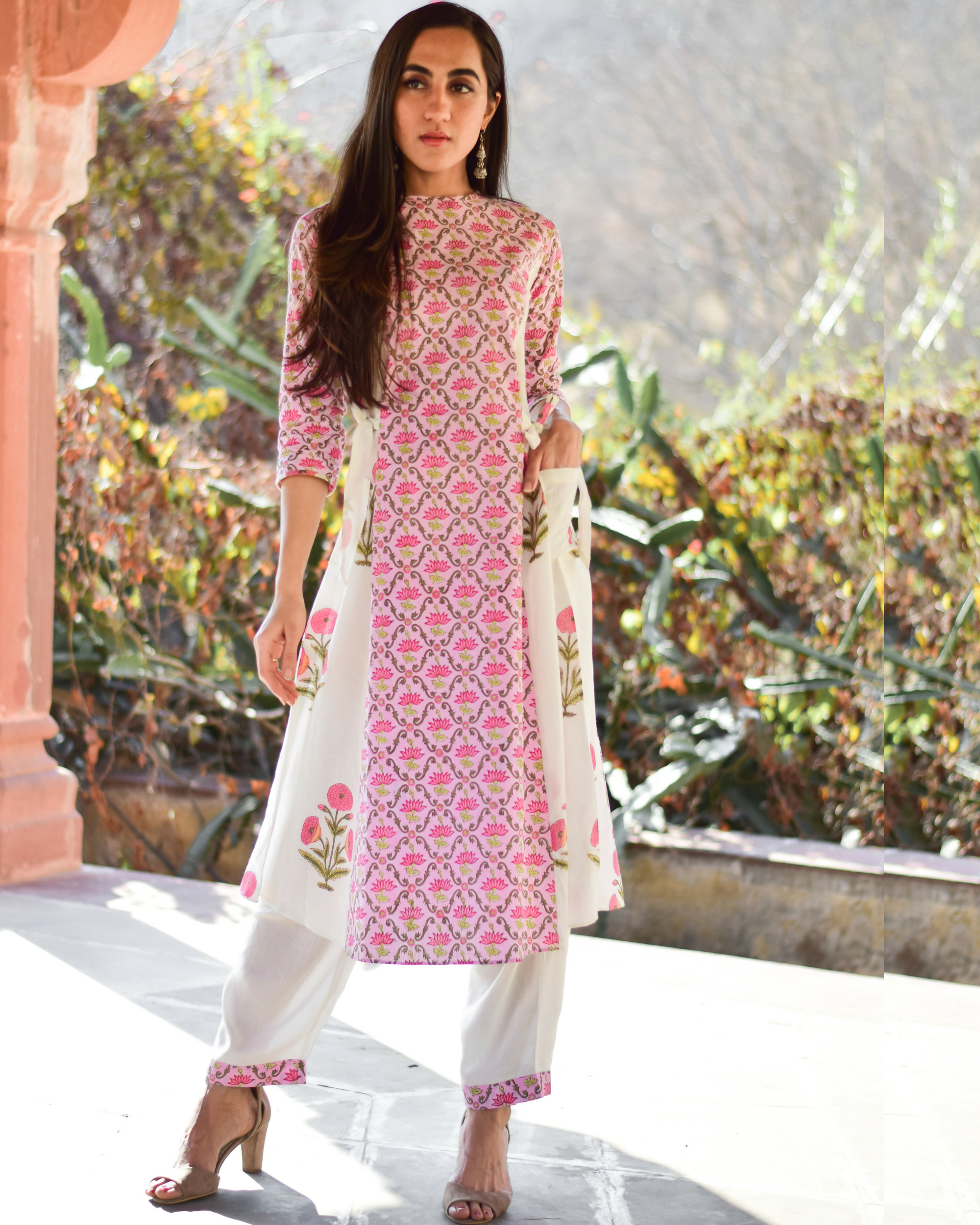 Cotton pink panelled set