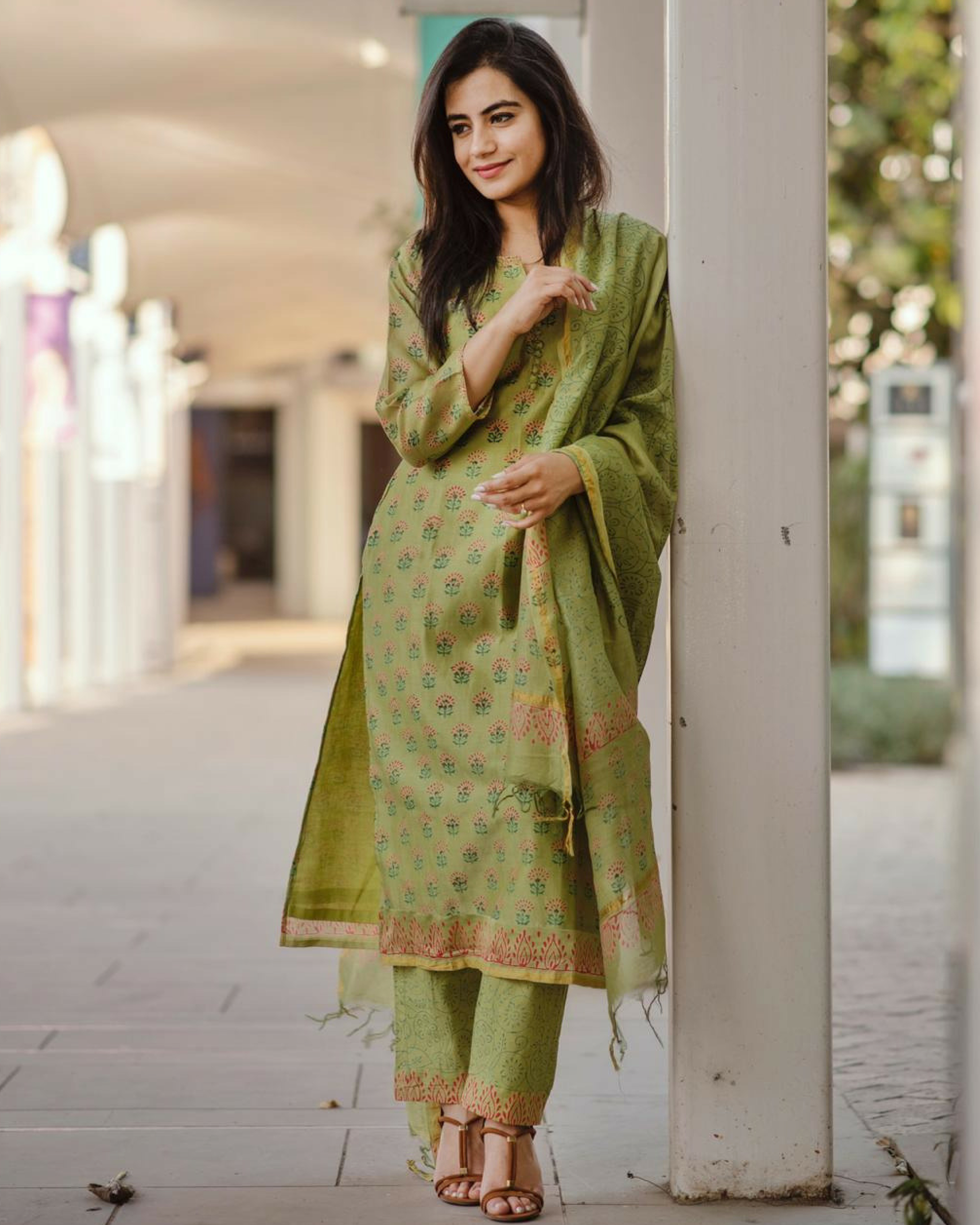 Pistachio green kurta with straight pants and dupatta