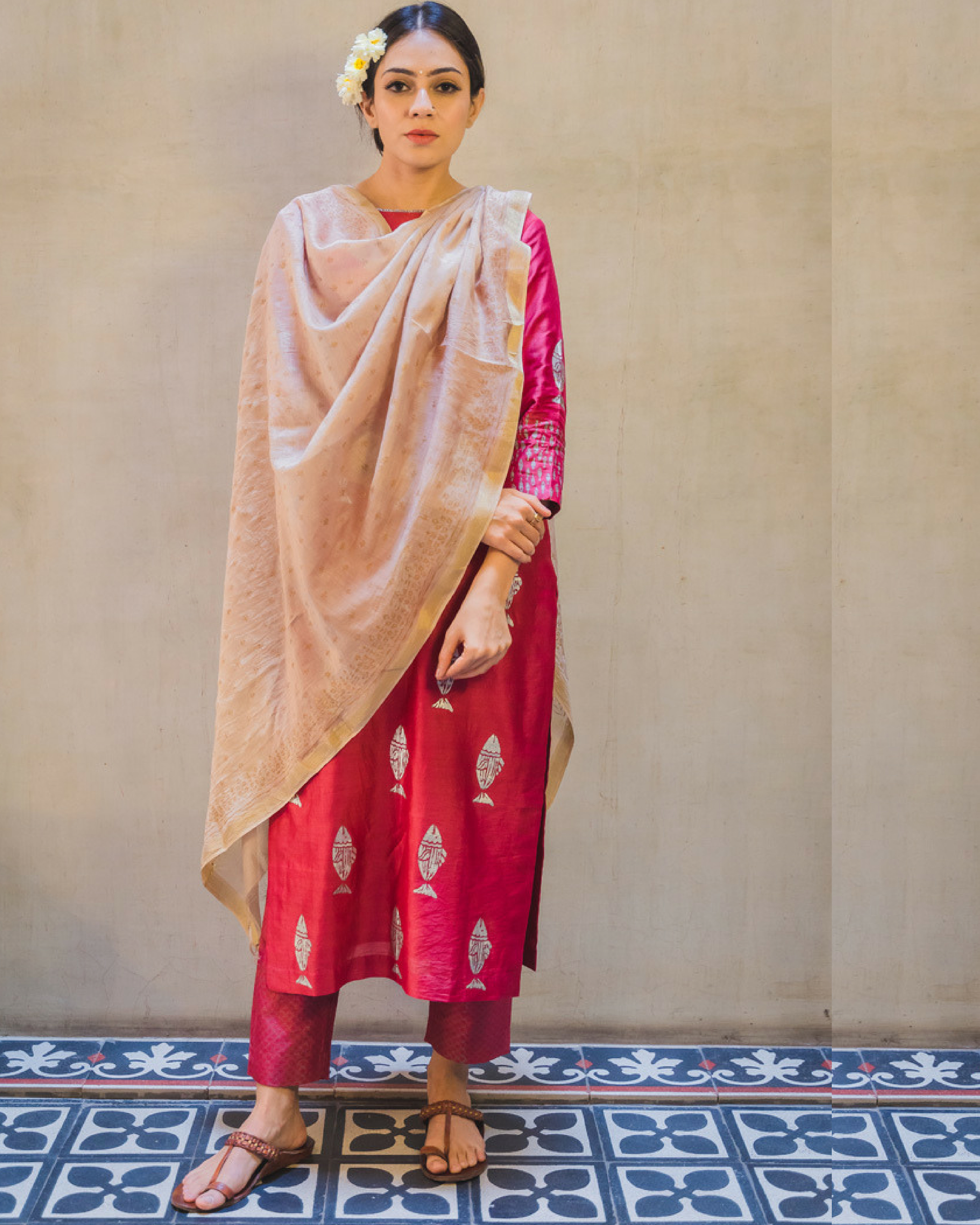 Pink fish print kurta set with dupatta