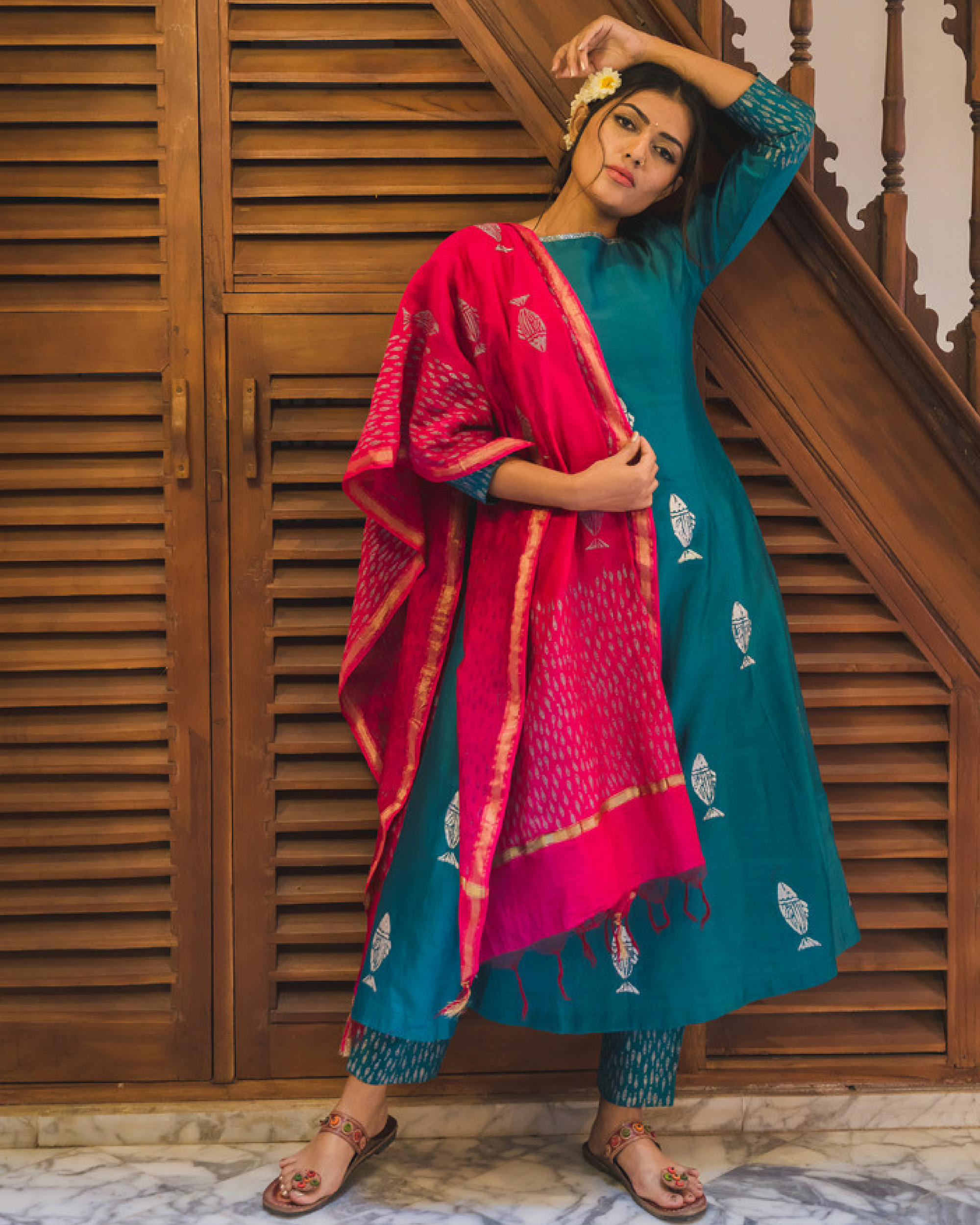 Turquoise blue fish print kurta set with dupatta