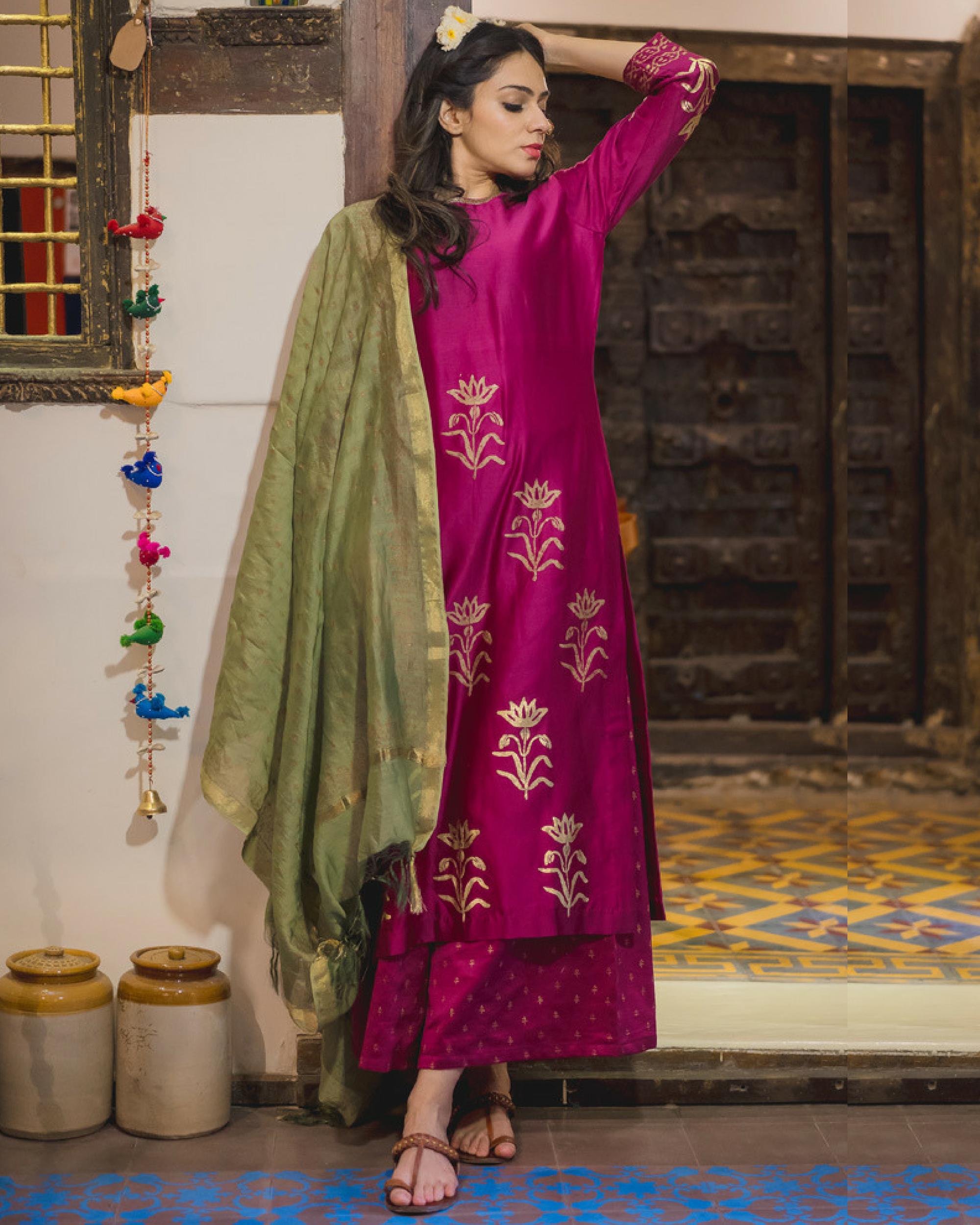 Purple daffodil print chanderi kurta set with dupatta