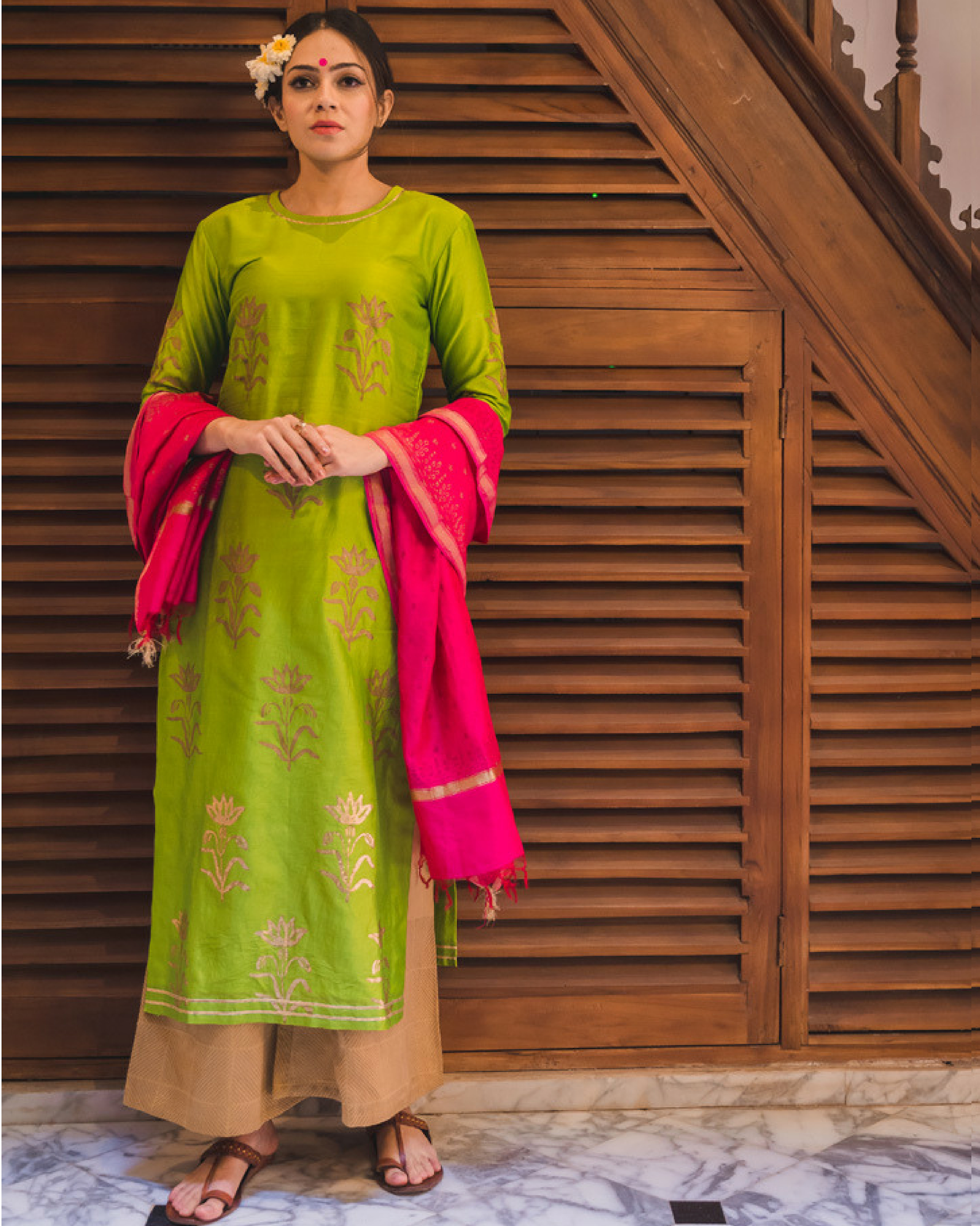 Green daffodil print chanderi kurta set with dupatta