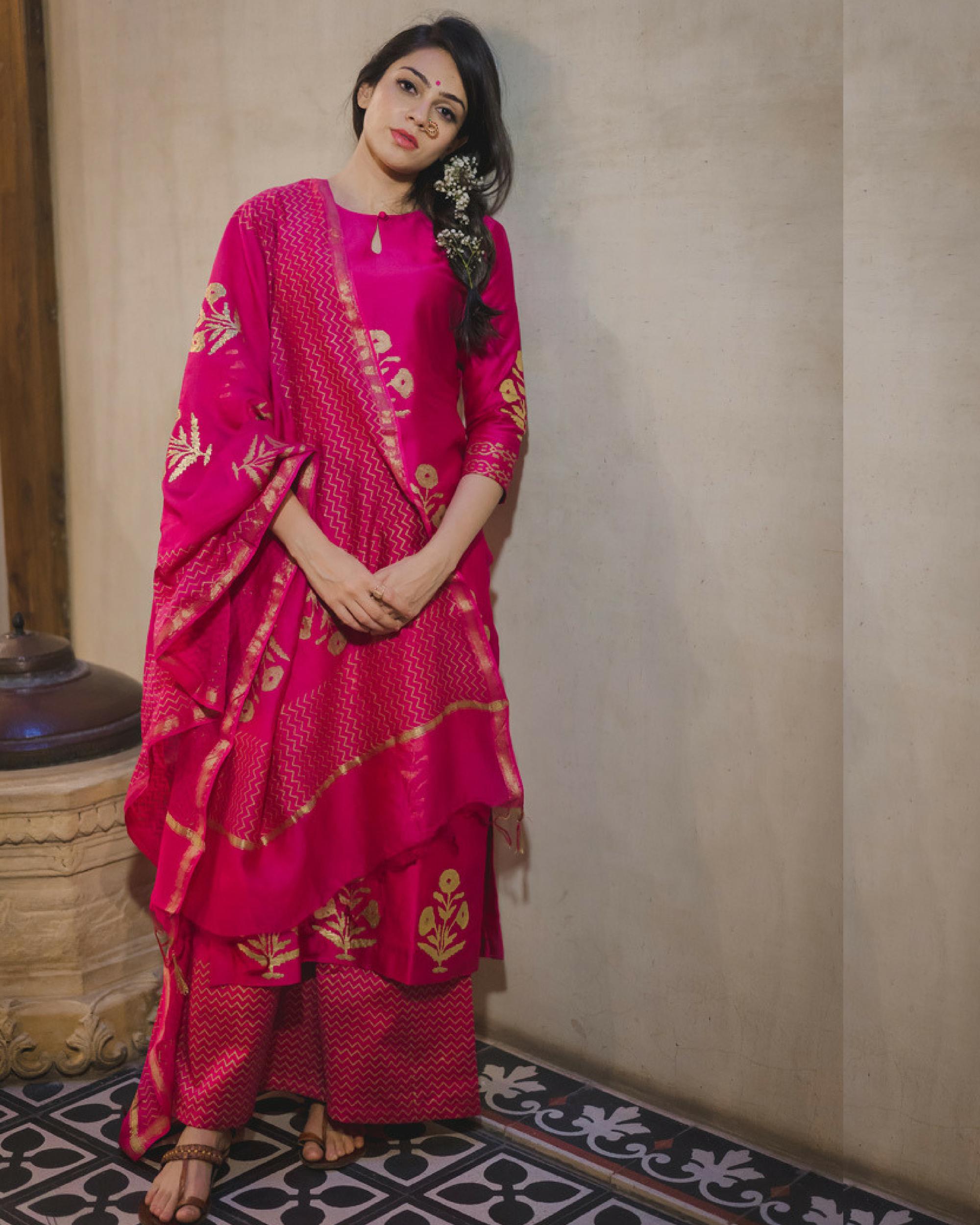 Pink mughal bootah chanderi kurta set with dupatta
