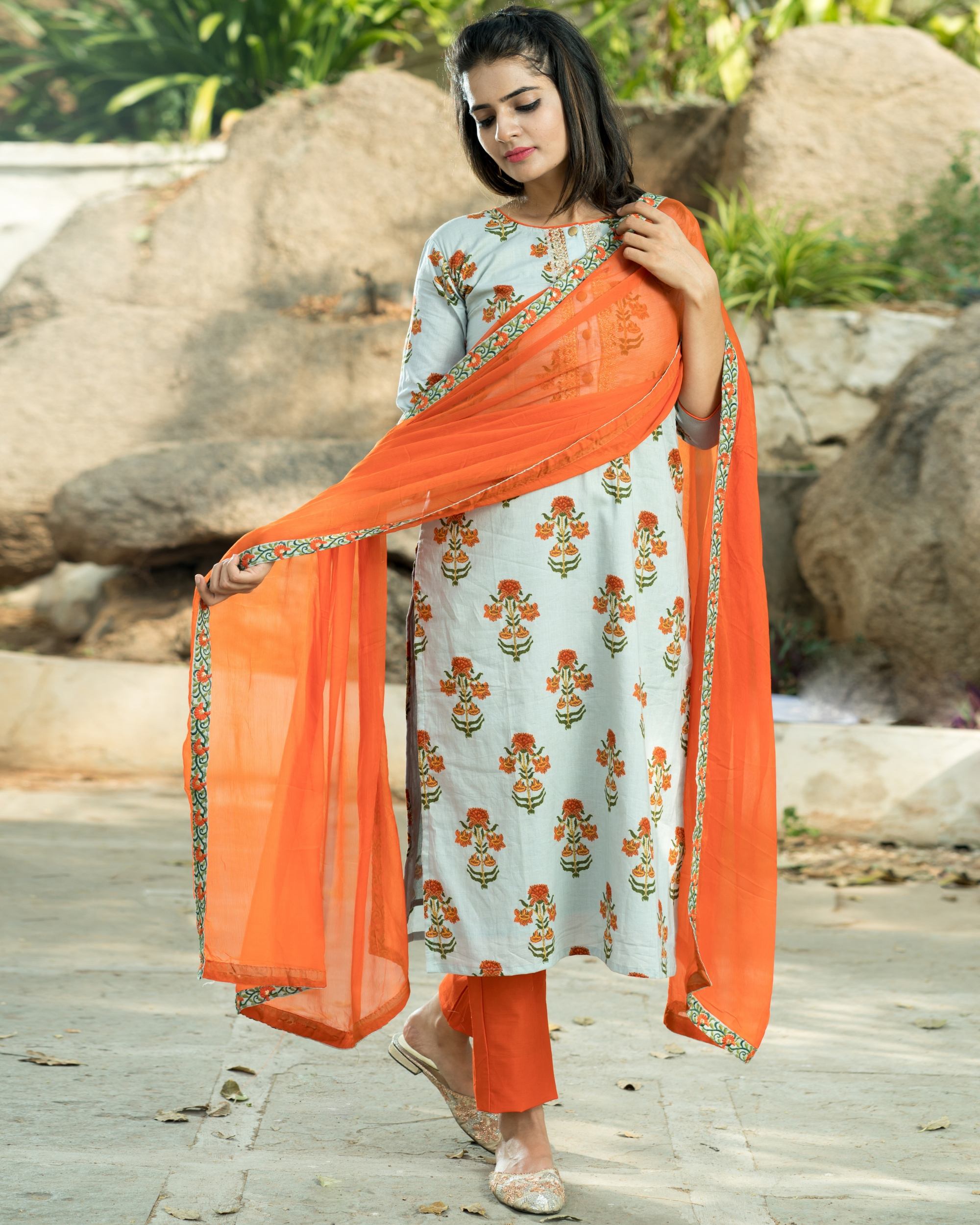 Orange boota kurta set with dupatta