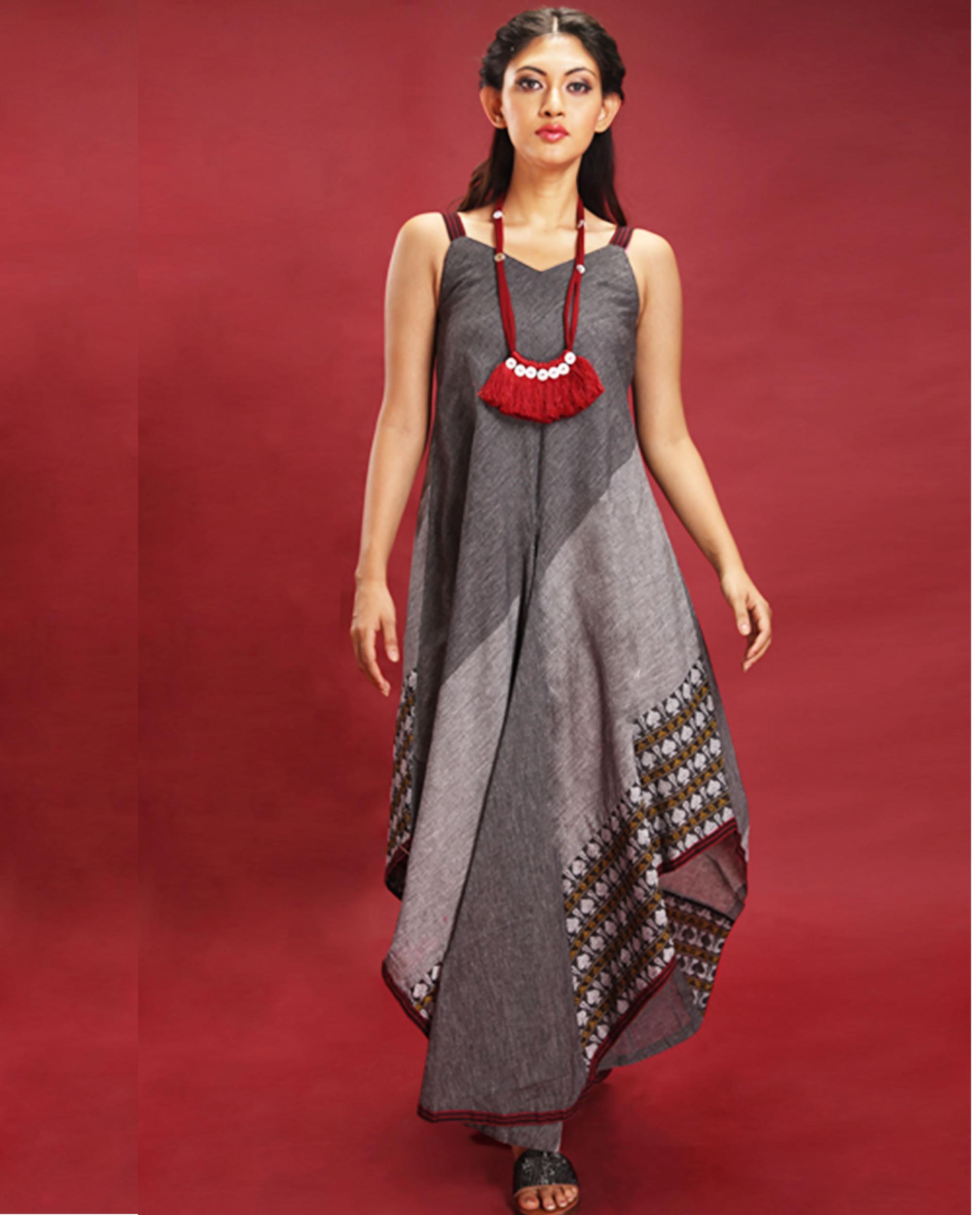 Asymmetric sleeveless grey maxi
