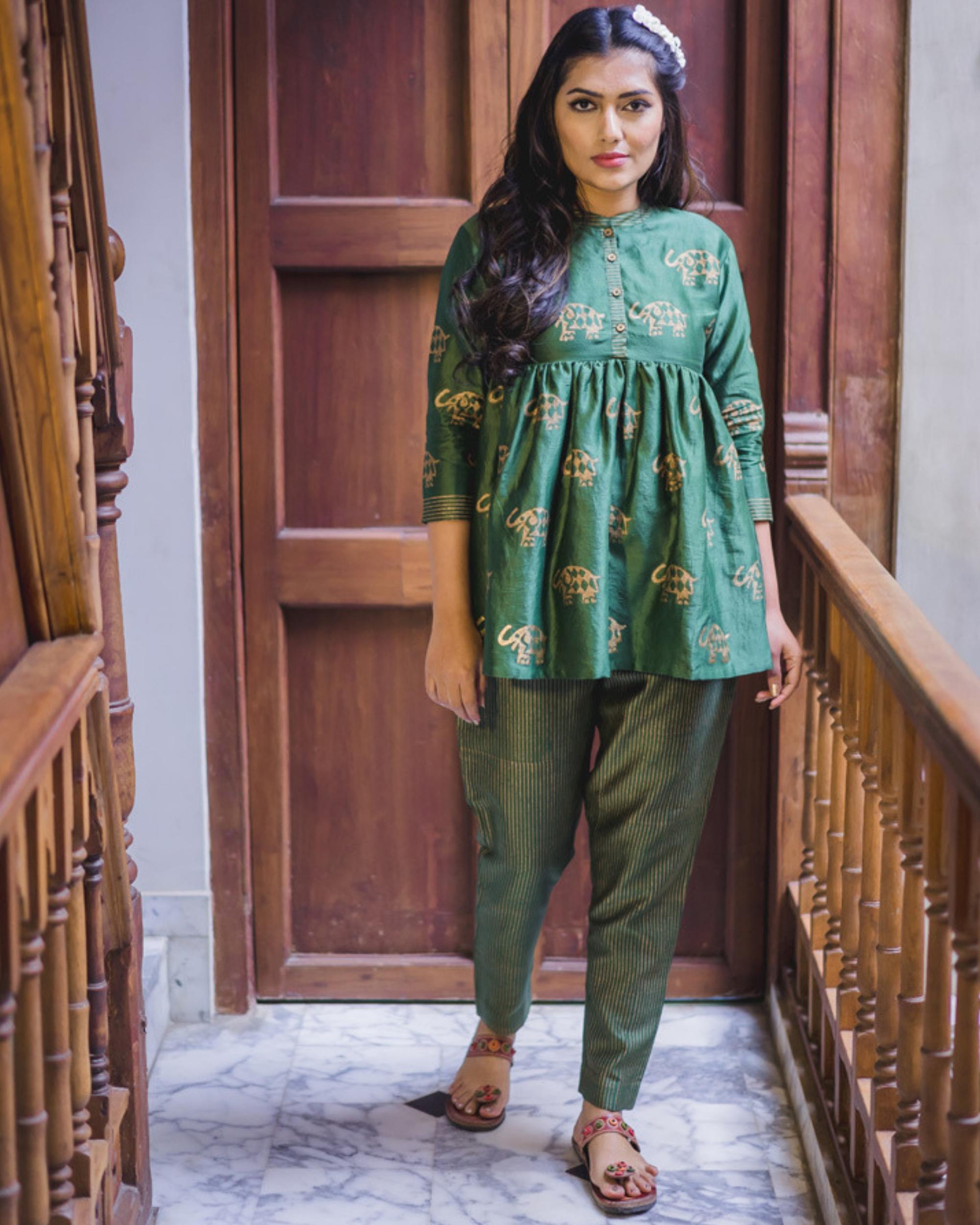 Green flared chanderi short kurta set - Set of two