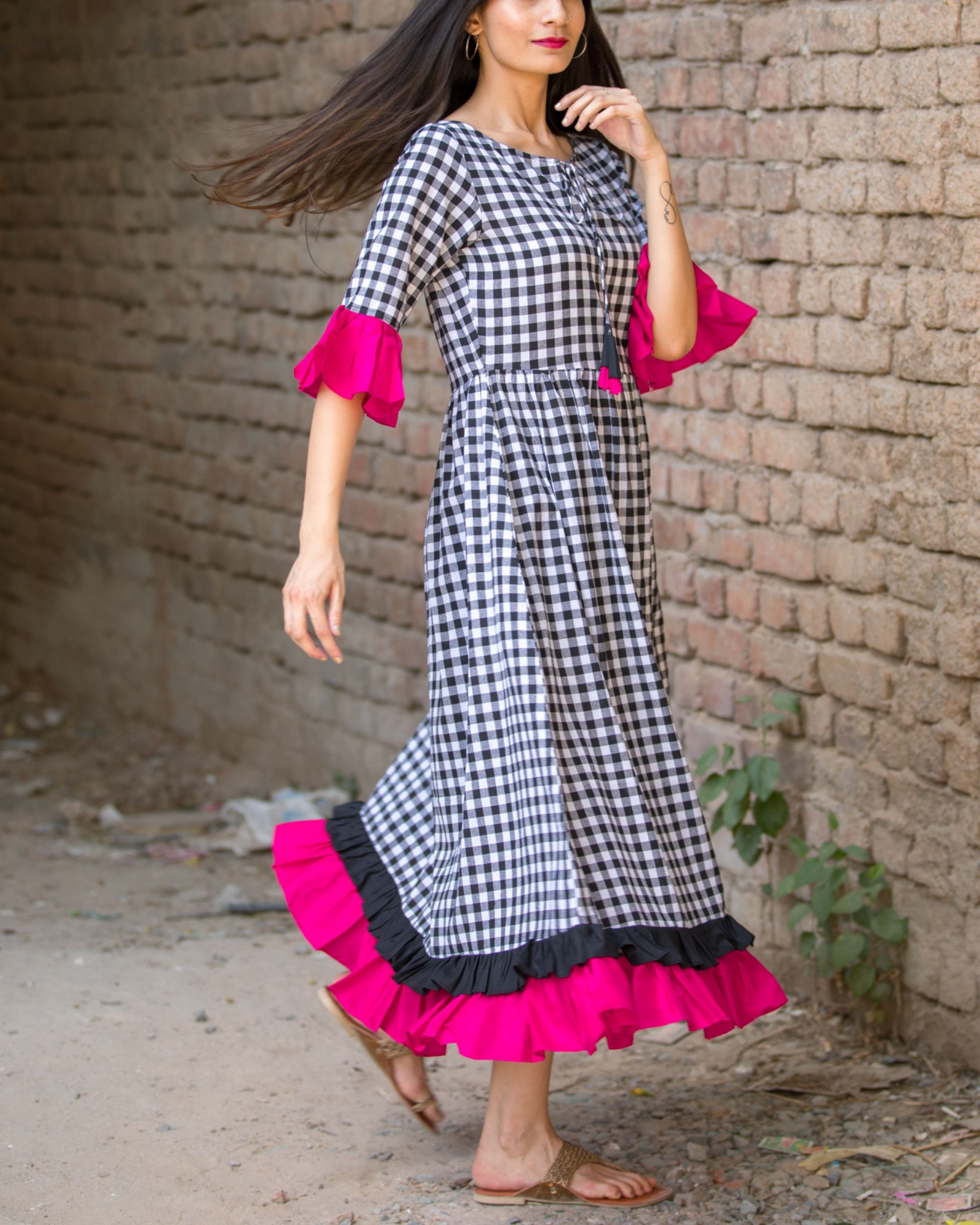Checked cotton maxi dress with pink frills