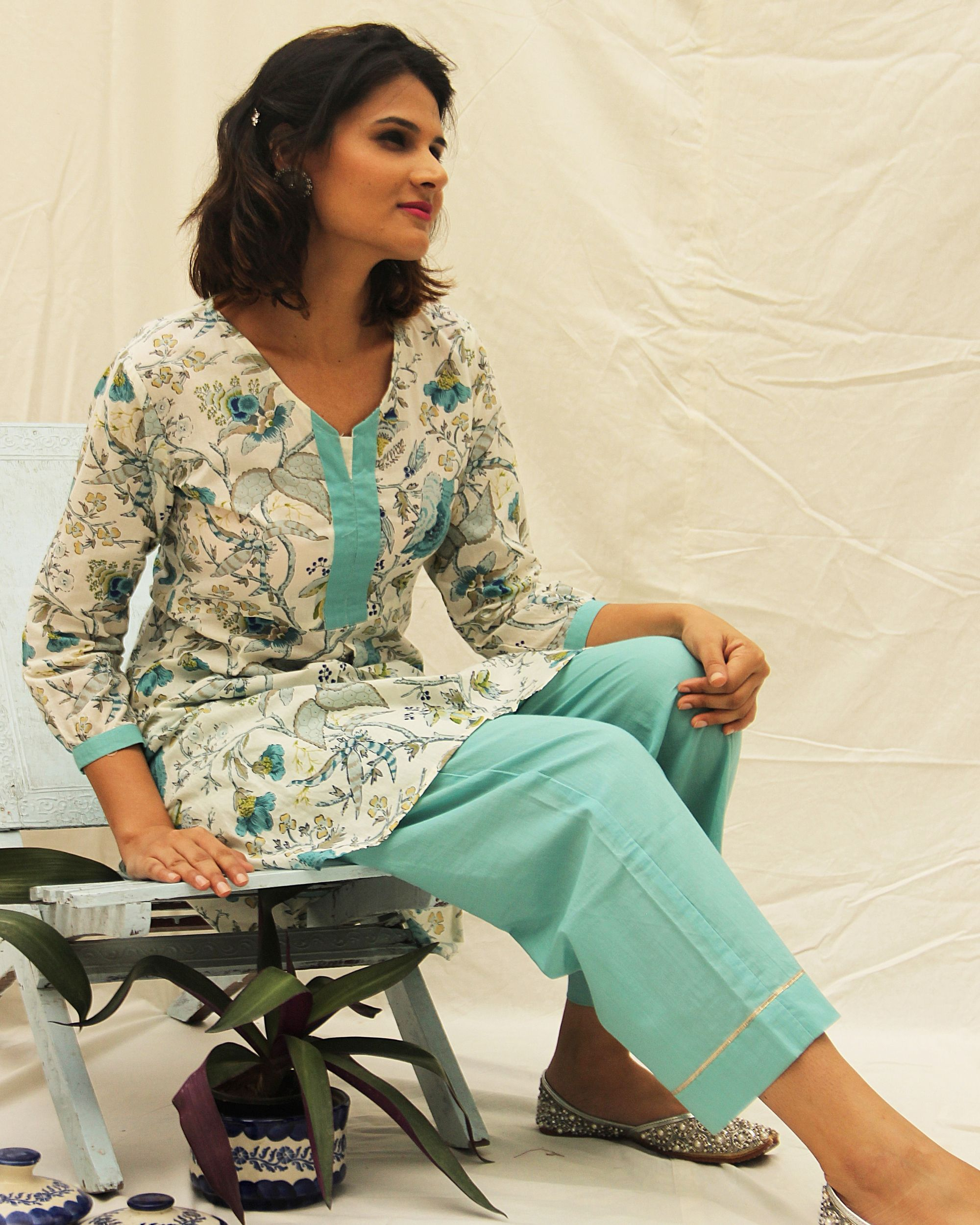 Blue floral suit set with straight pants- set of two
