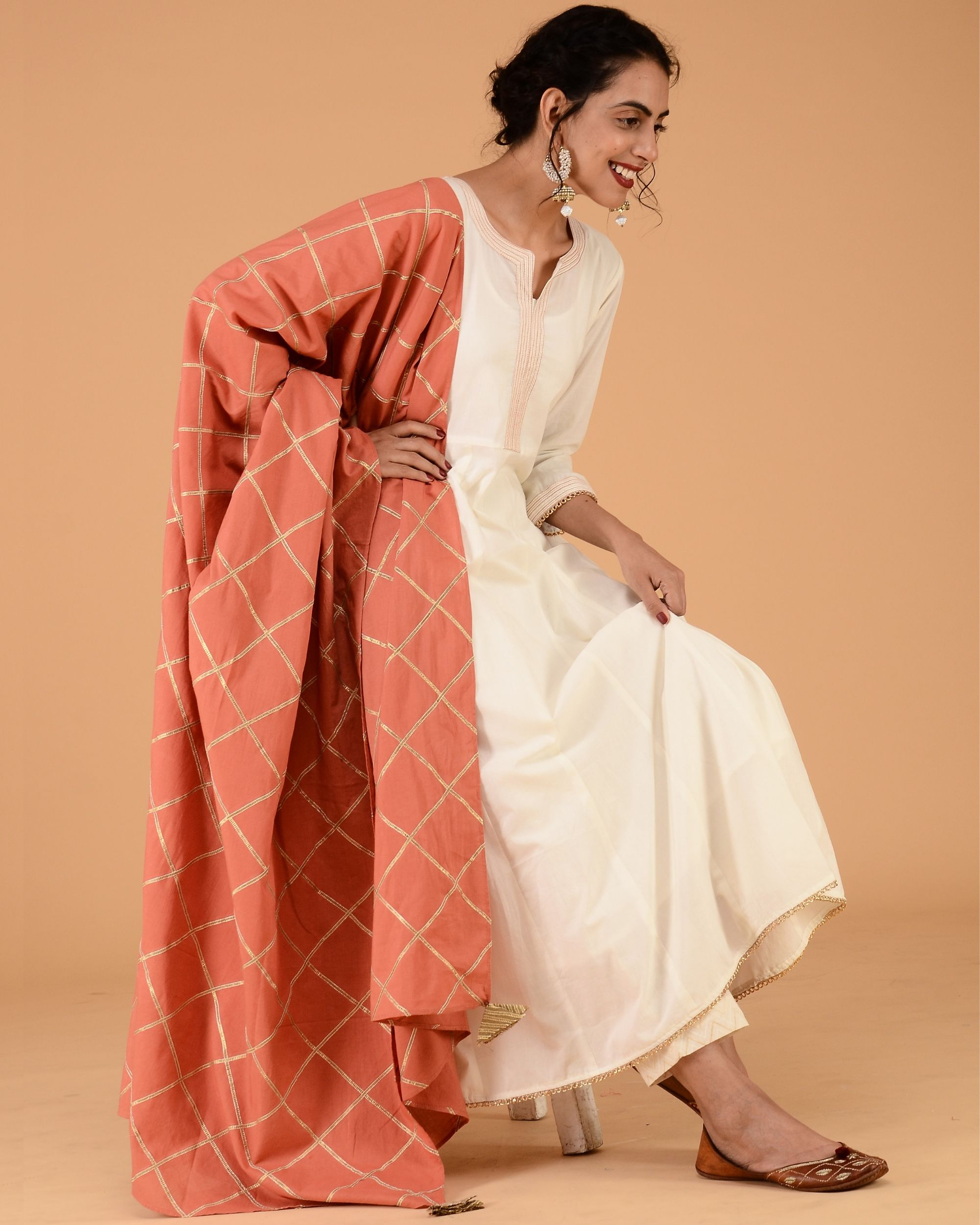 Ivory mulmul kalidar kurta set with rust dupatta- set of three