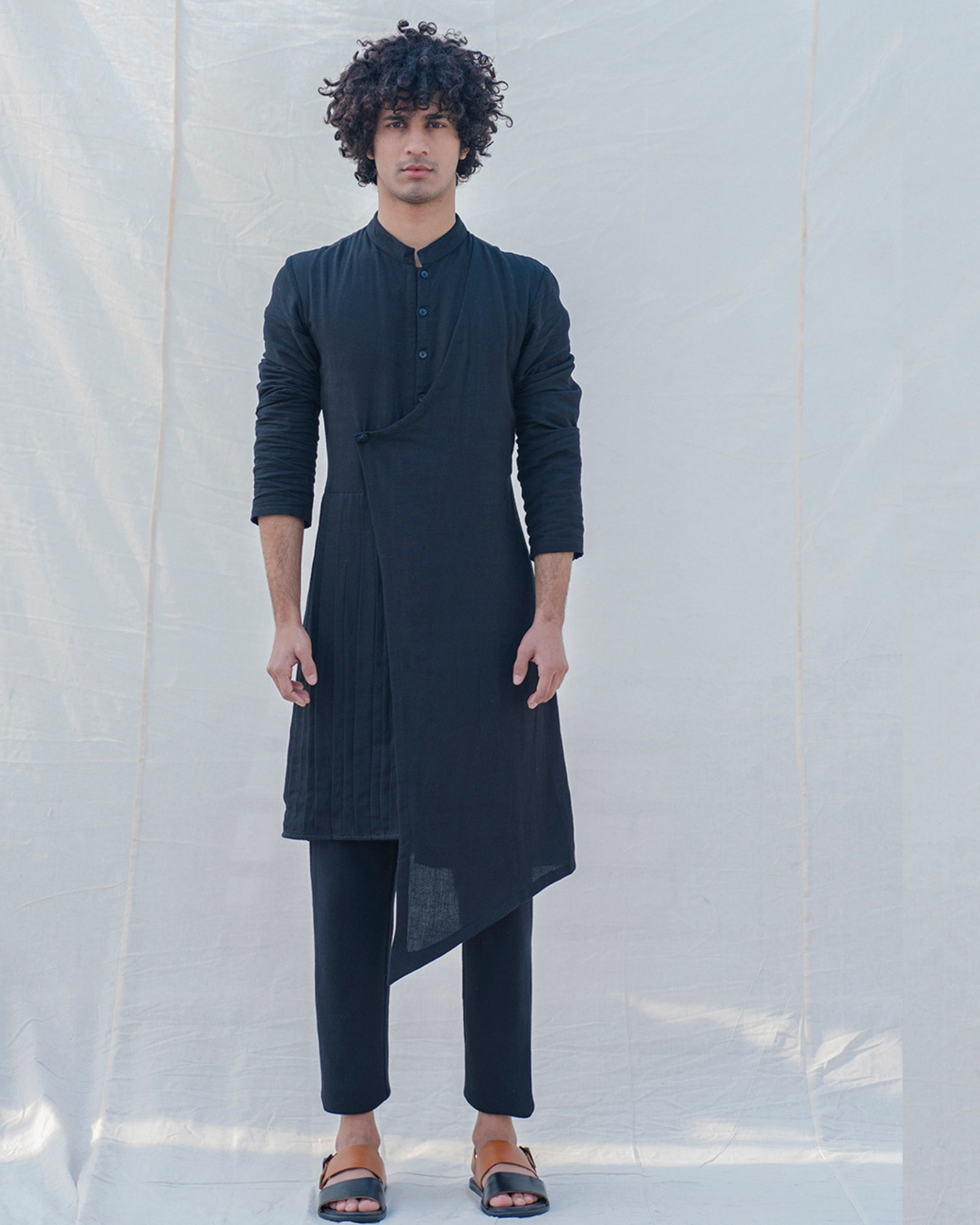 Black colored cotton kurta