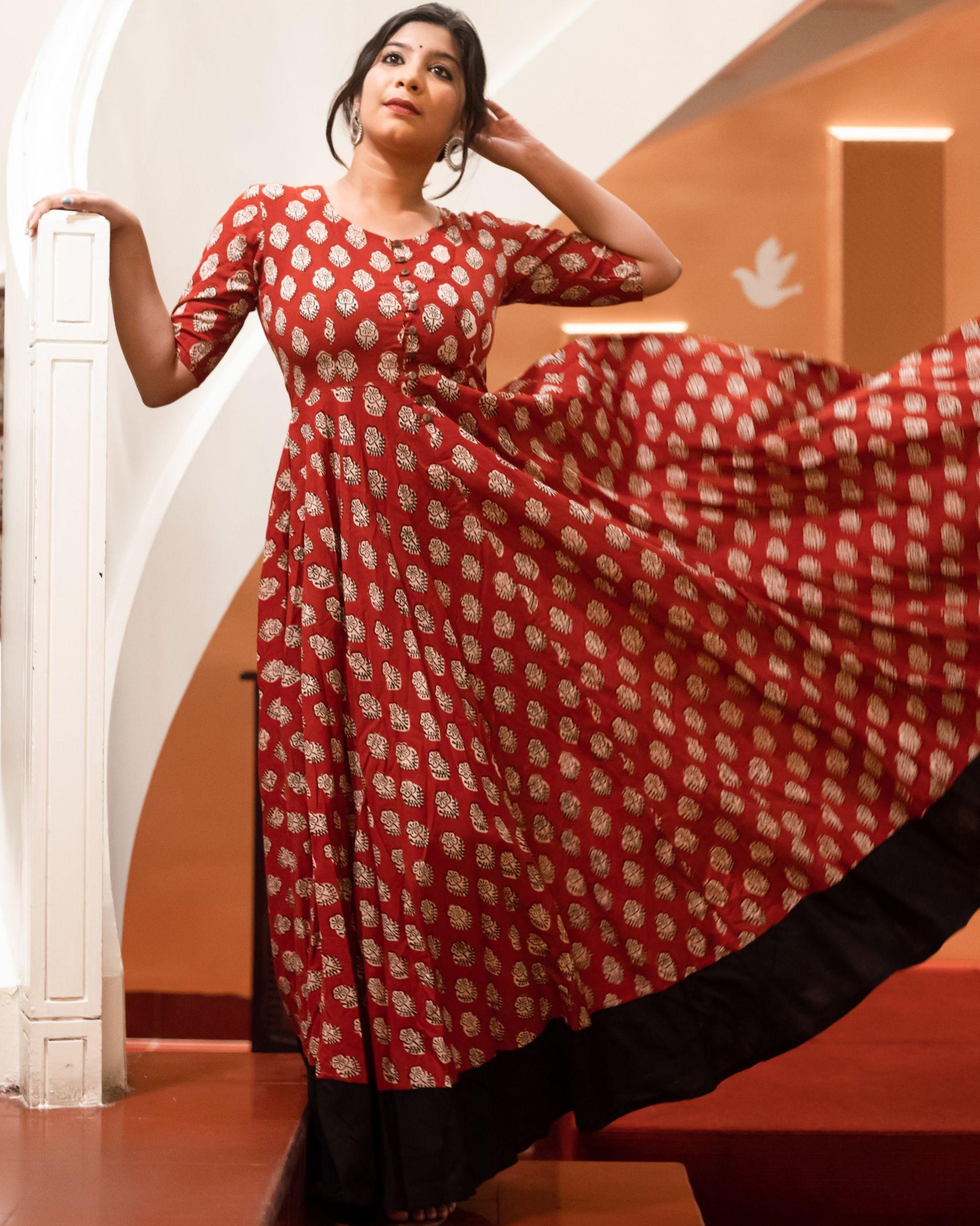 Red black block print dress