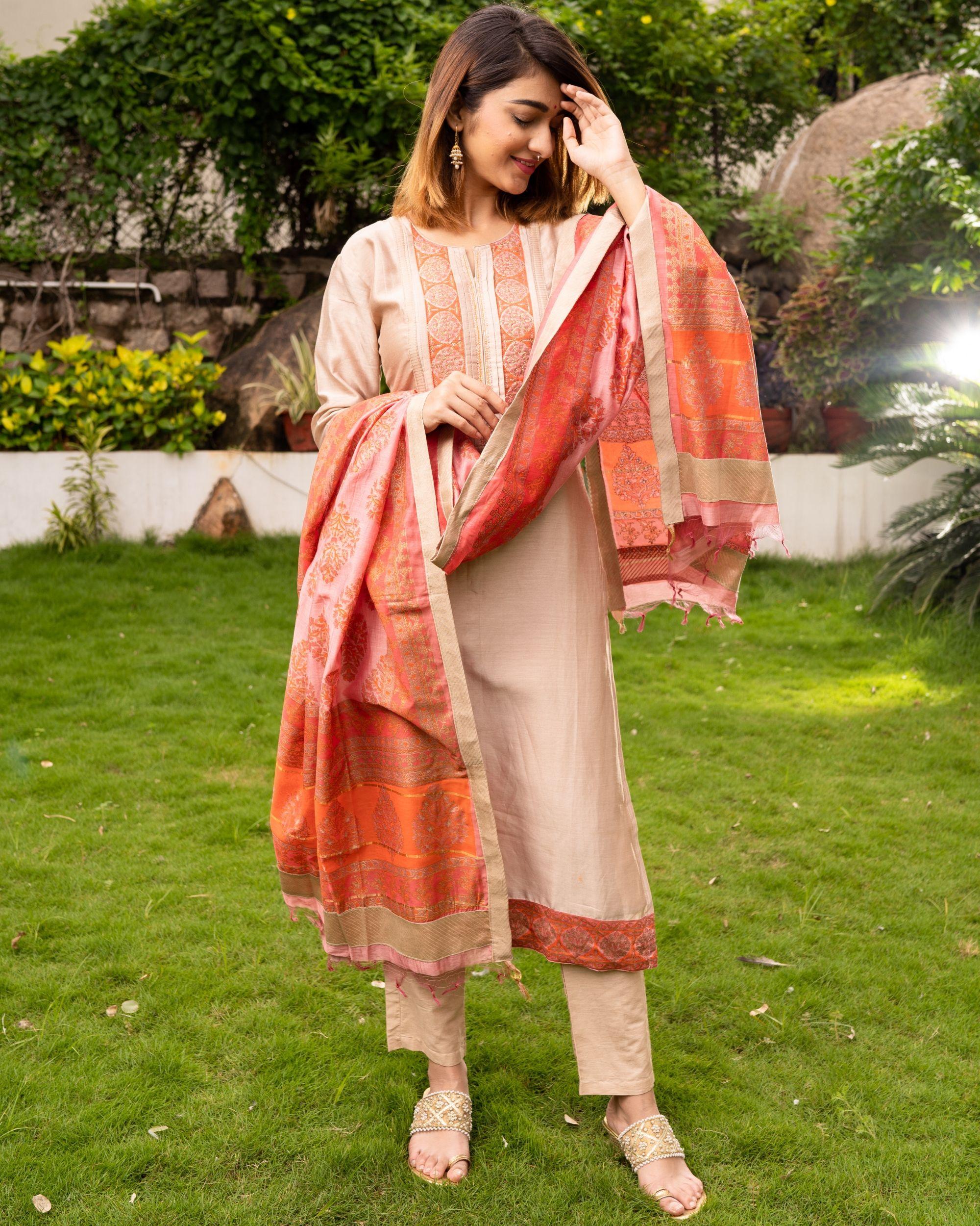 Beige Pure Maheswari Silk Set with Peach Mughal Printed Dupatta - Set Of Three