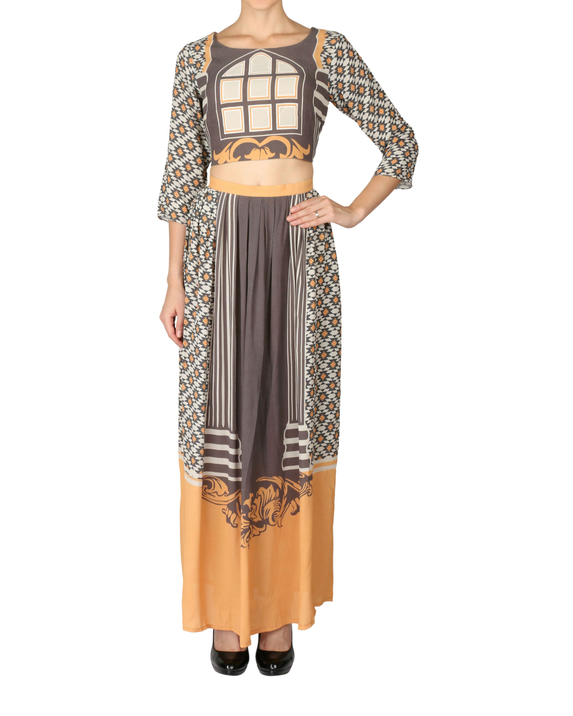 Printed tunic in beige and black