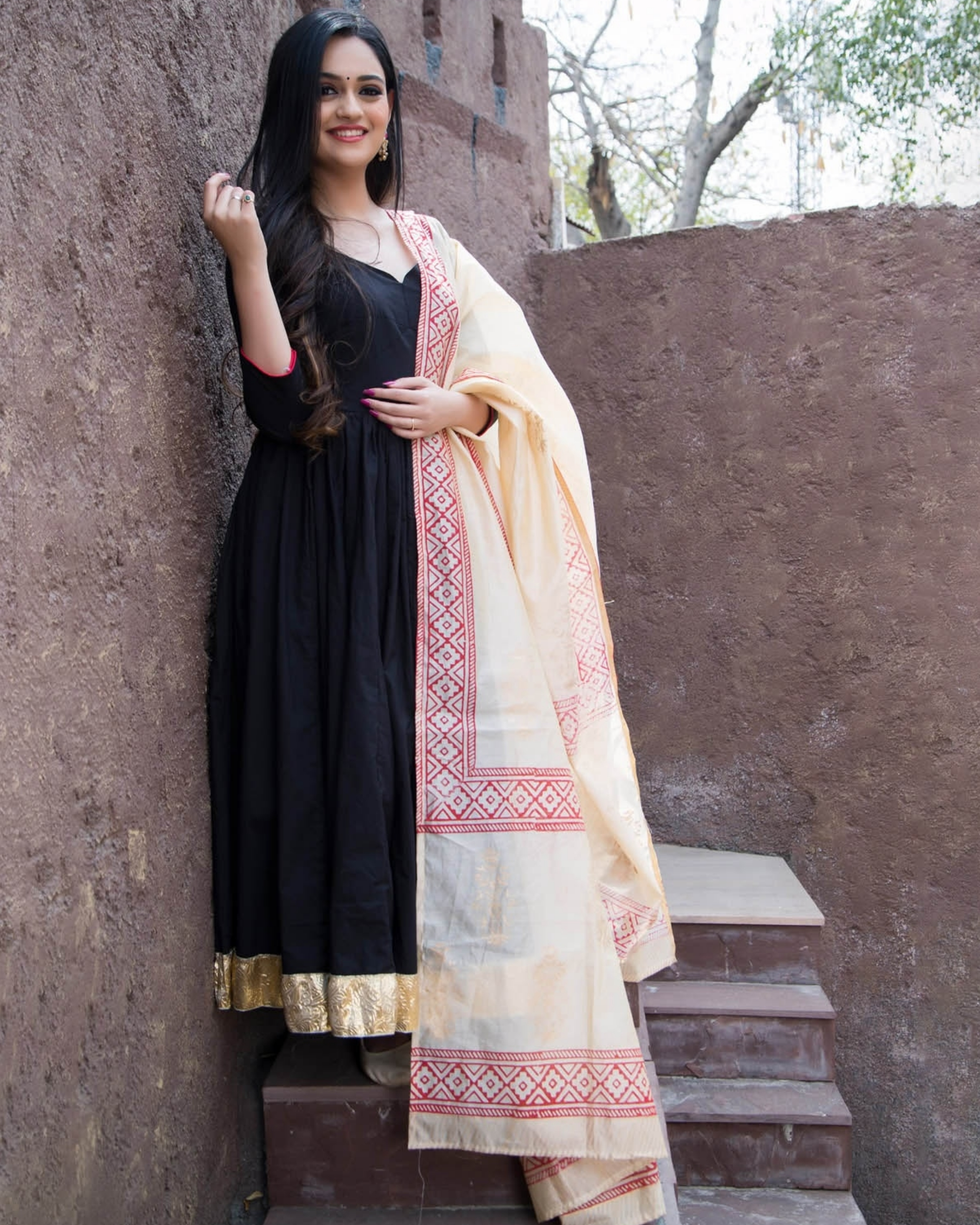Black kurta with gold border and printed dupatta-set of two