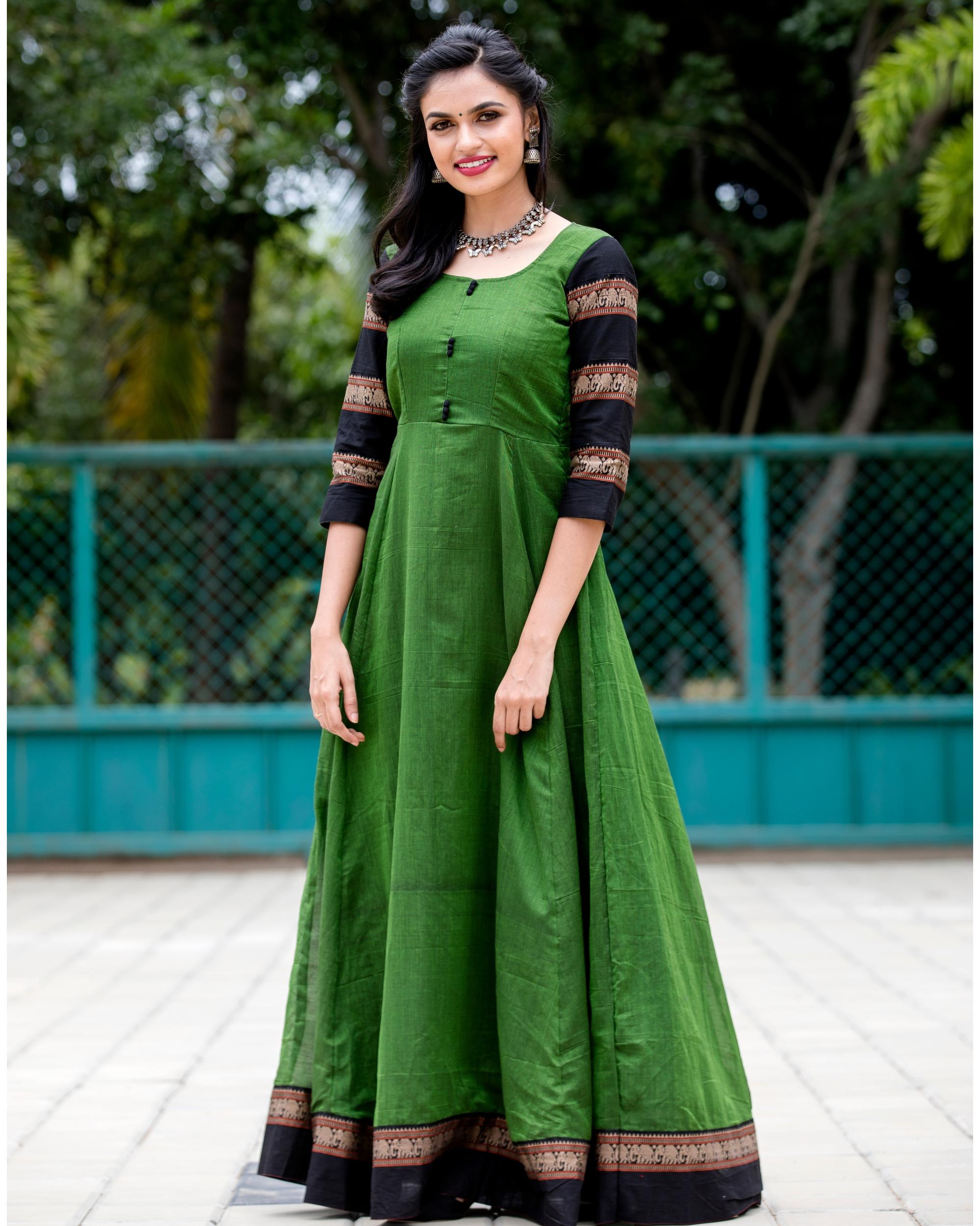 Emerald green narayanpet handloom dress