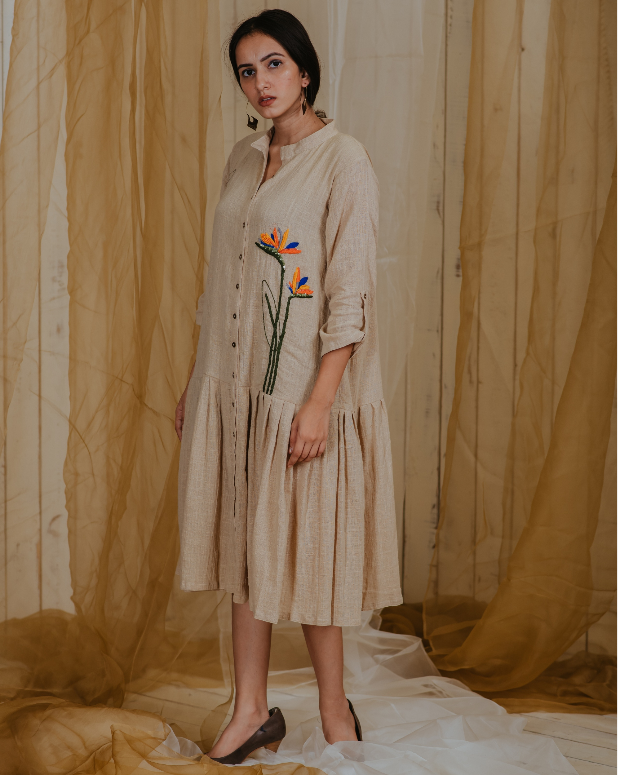 Beige pleated paradise plant embroidered tunic