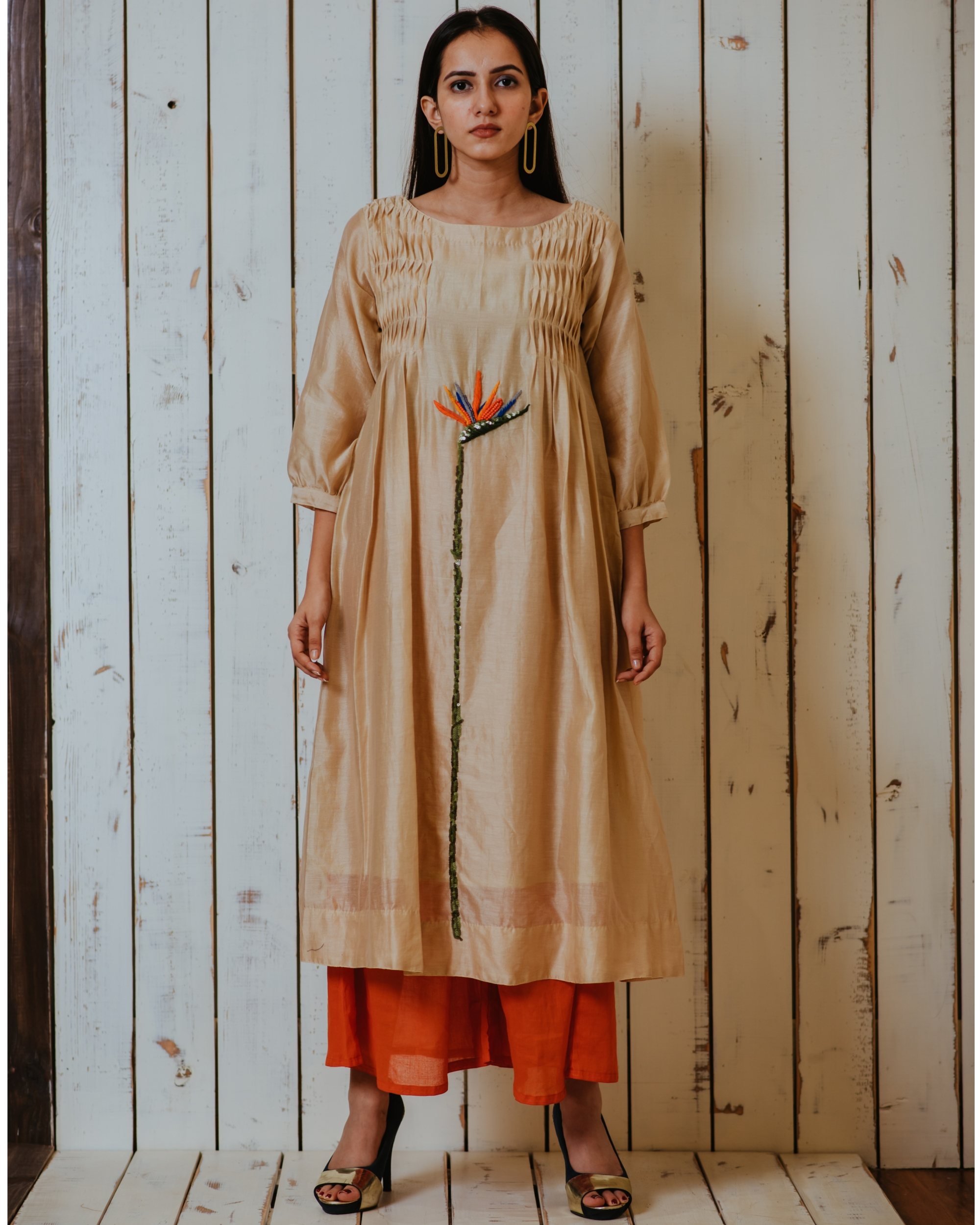 Beige lost paradise embroidered smocked tunic