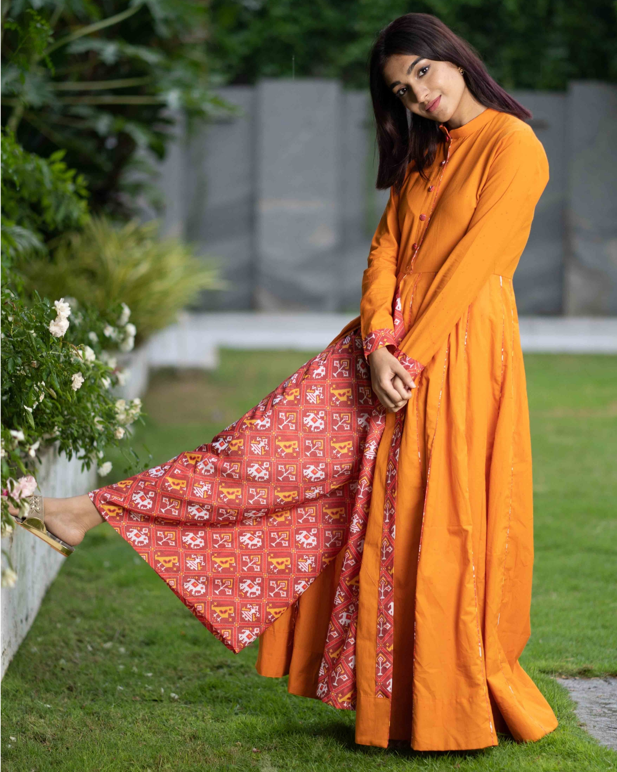 Mustard cotton cape with patola pants - set of two
