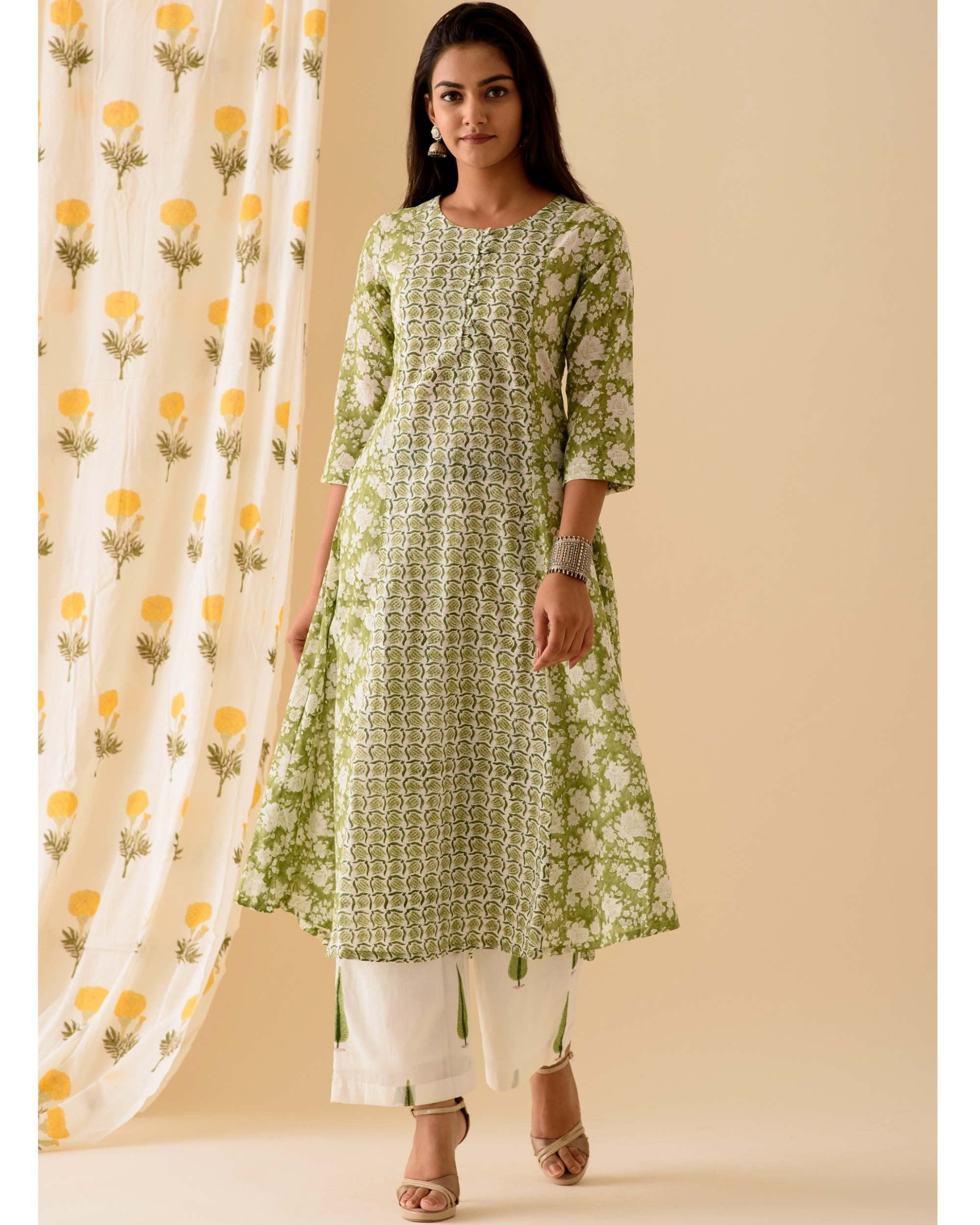 Green and white kurta and palazzo-set of two