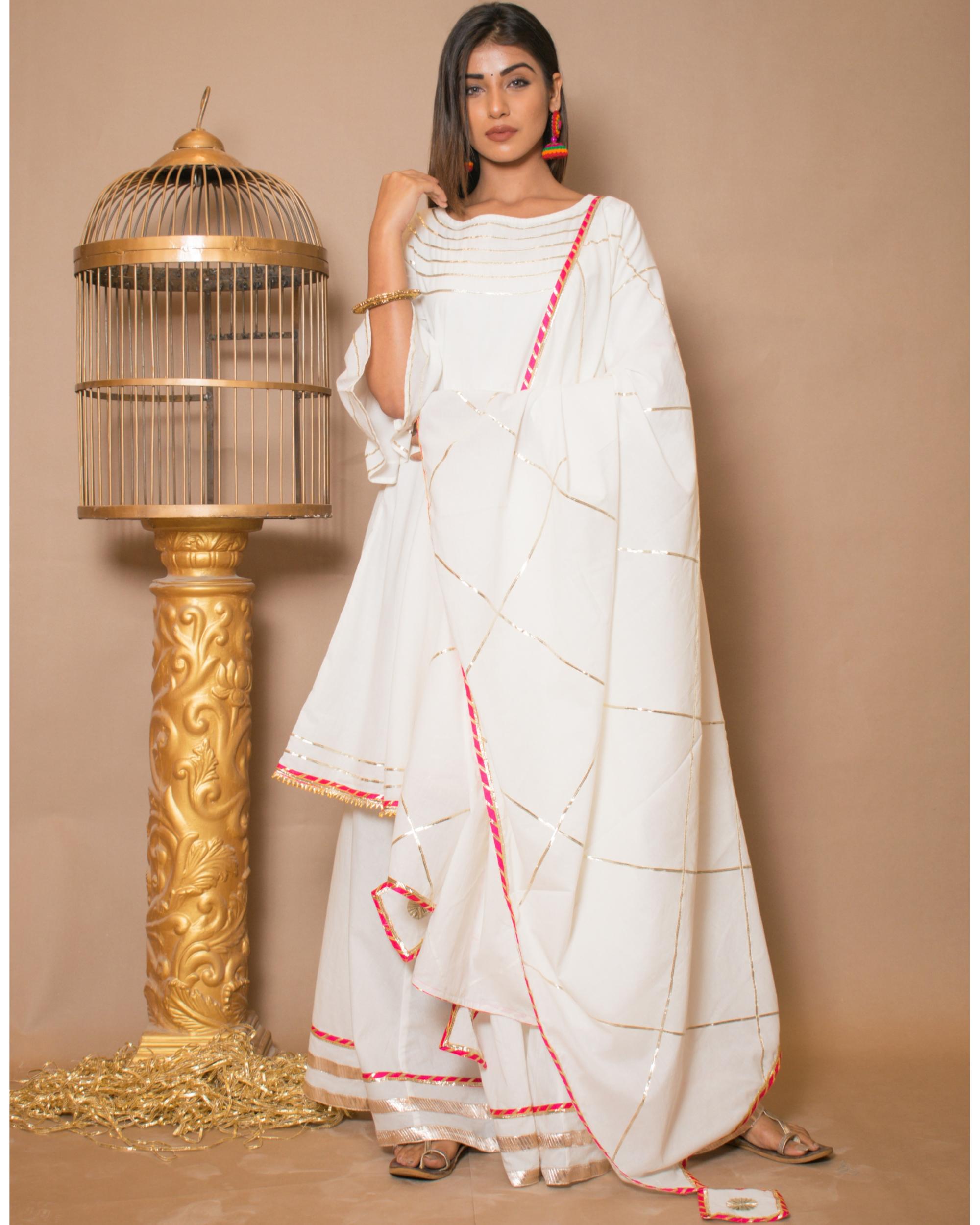 Off white kurta and skirt with dupatta - set of three