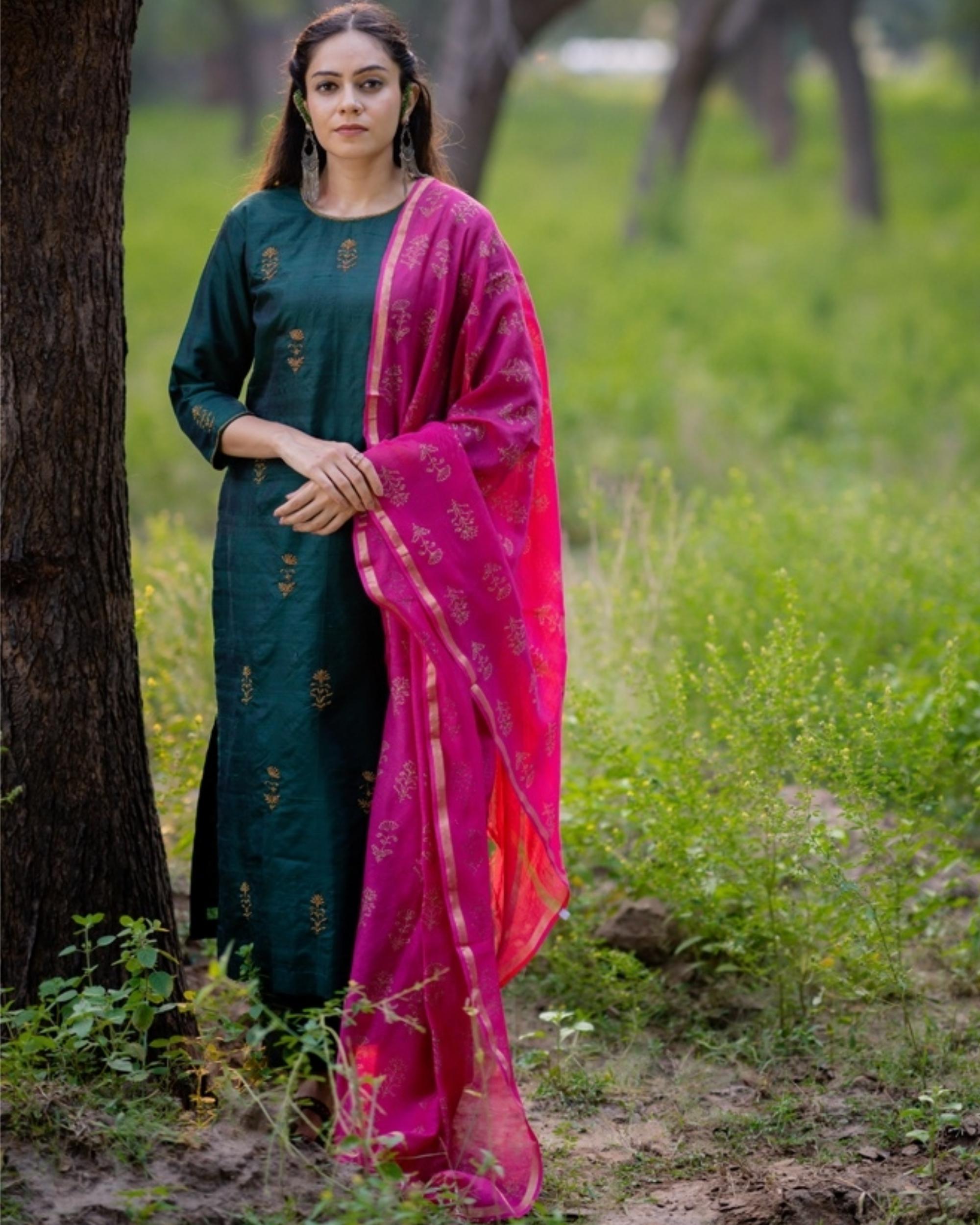 Bottle green aari embroidered kurta set with fuchsia pink dupatta- Set of three
