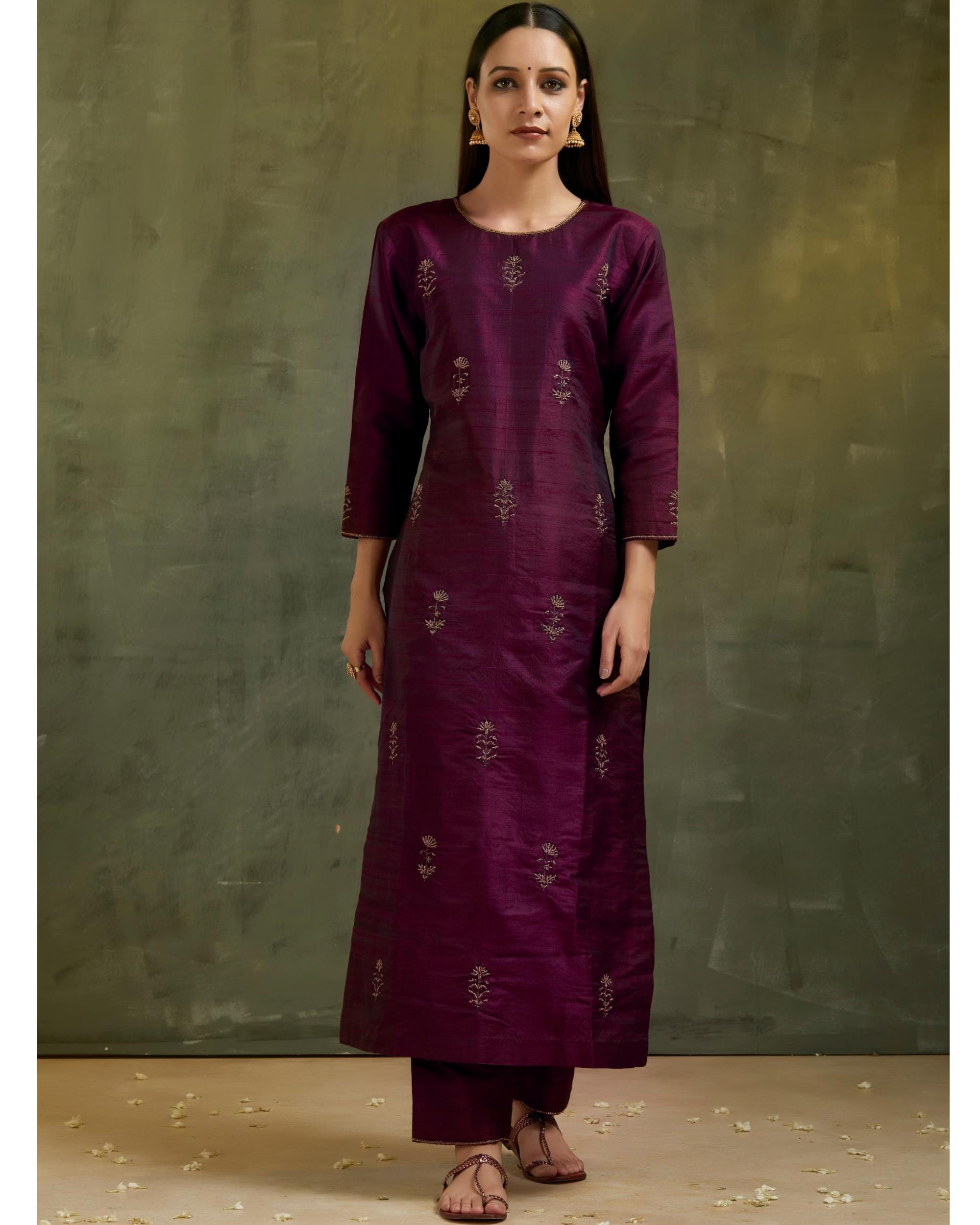 Wine aari embroidered raw silk kurta set with dupatta- Set of three