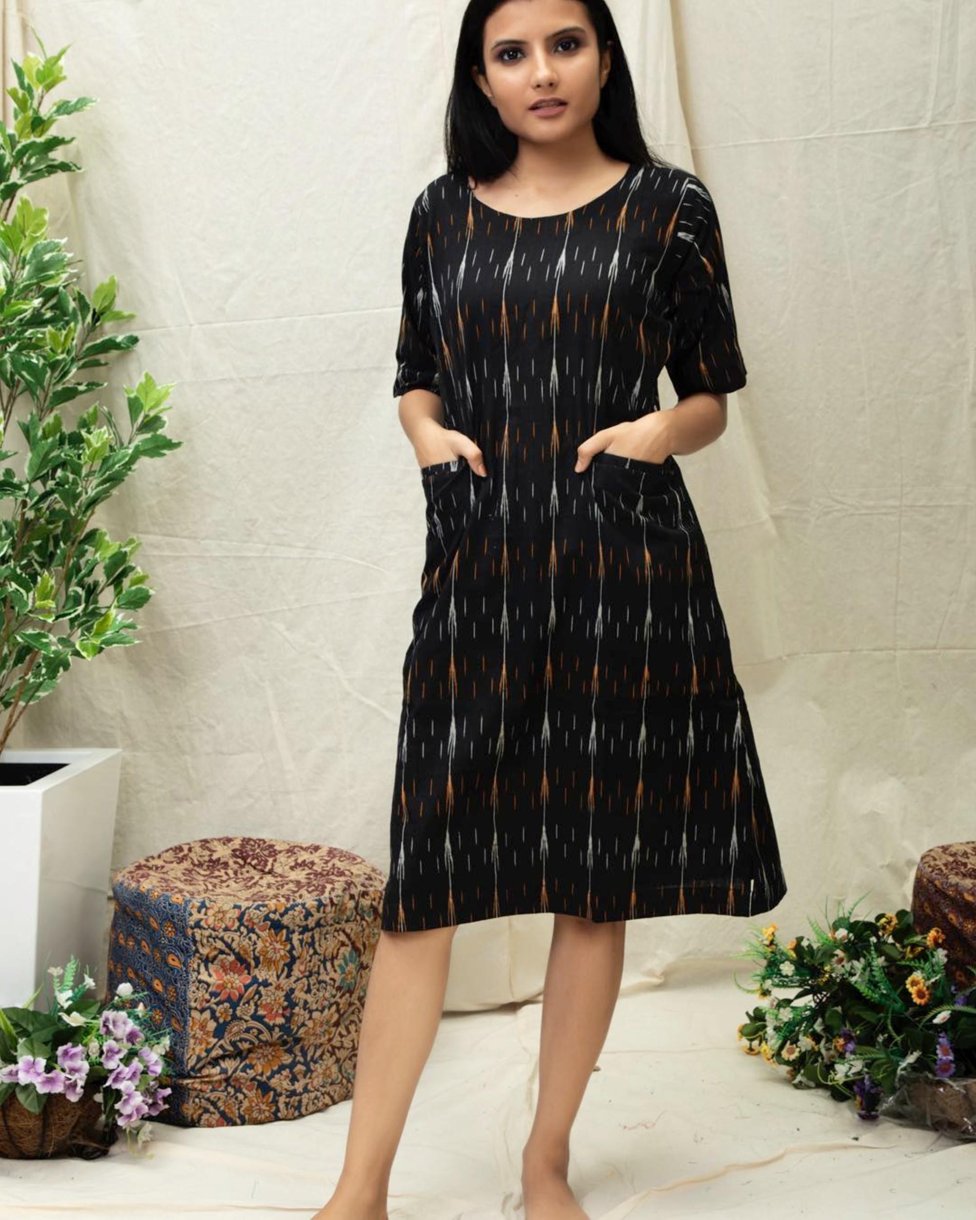 Black Ikat printed kurta with pockets