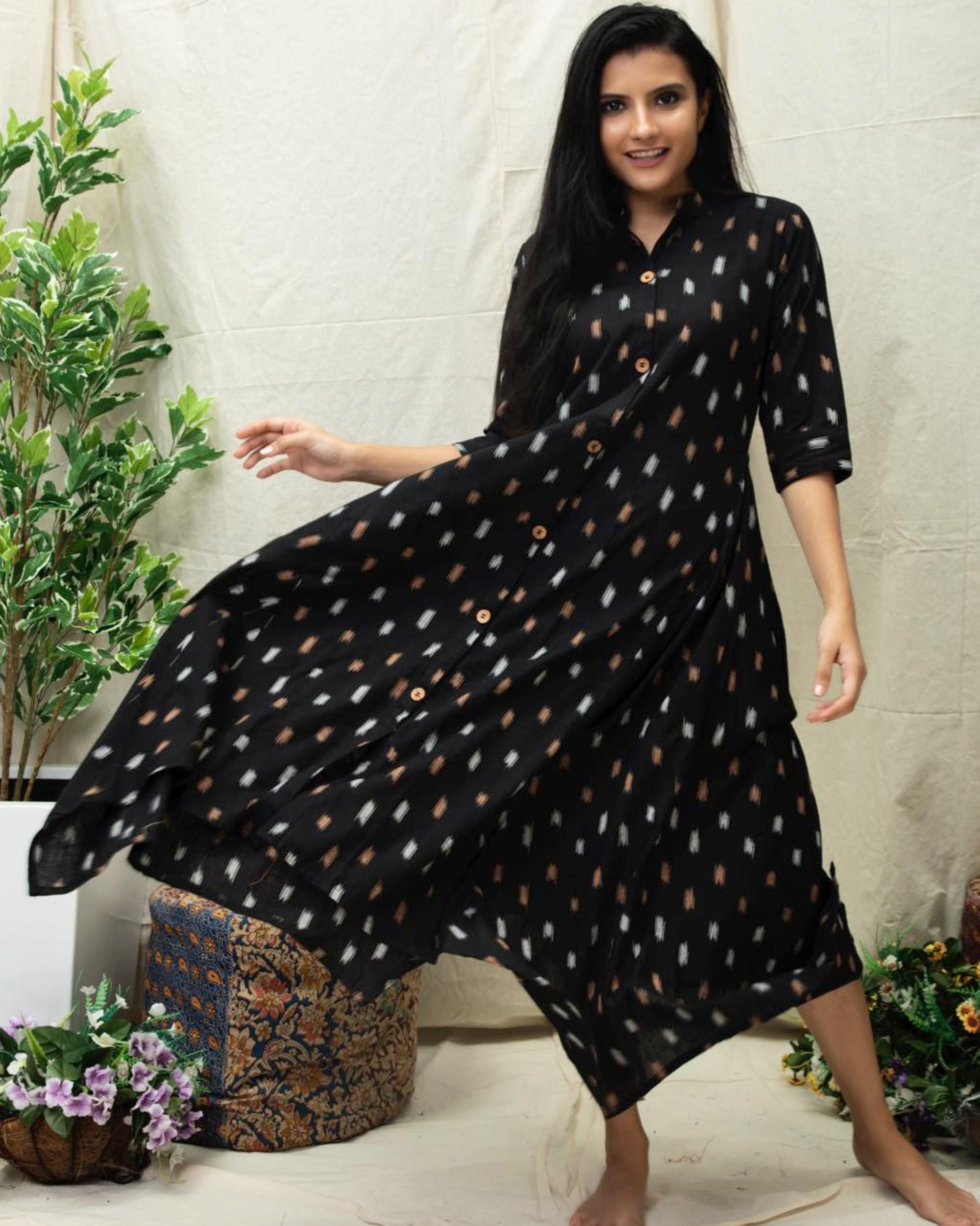 Black tail cut Ikat printed kurta