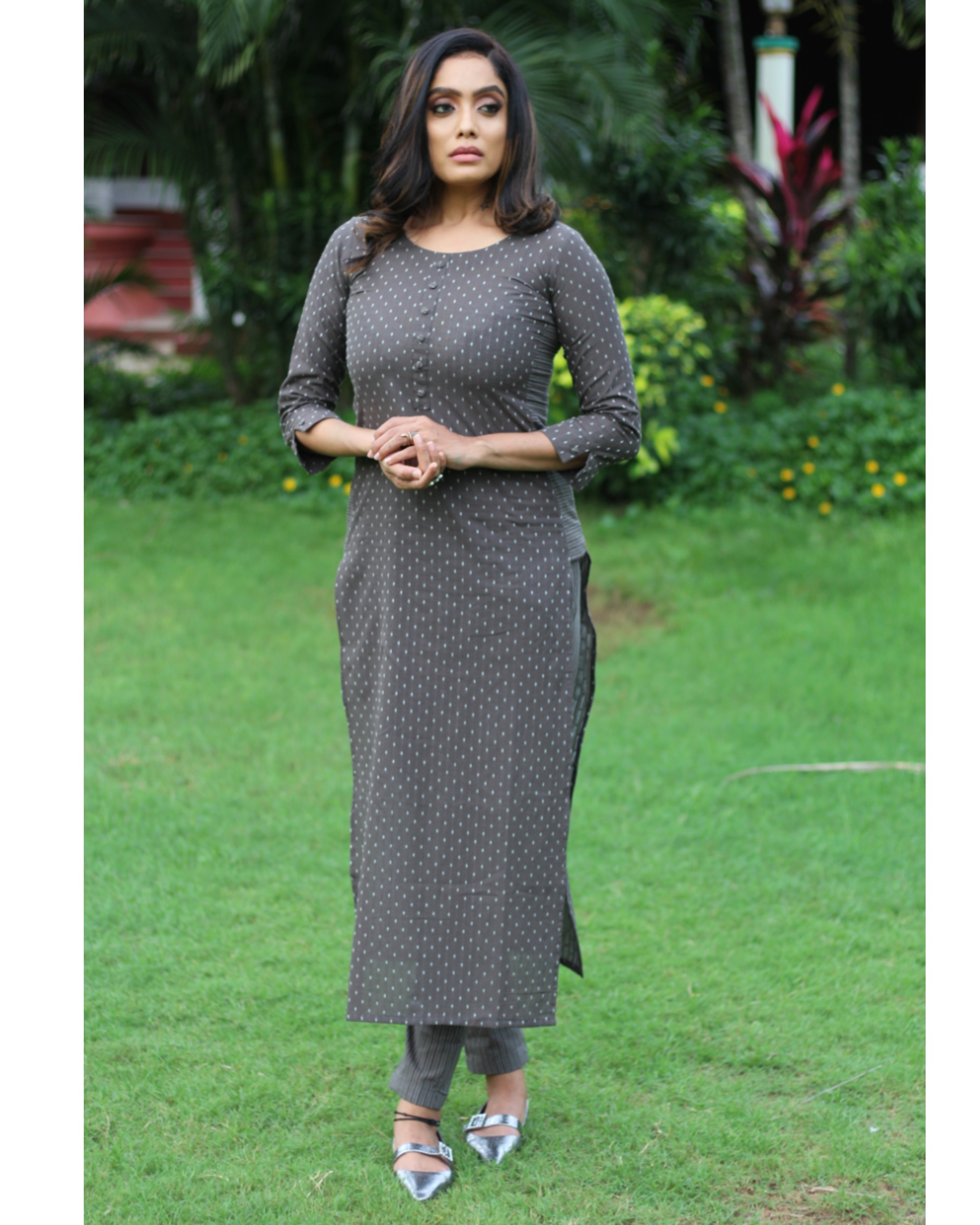 Grey dotted kurta with pants - set of two