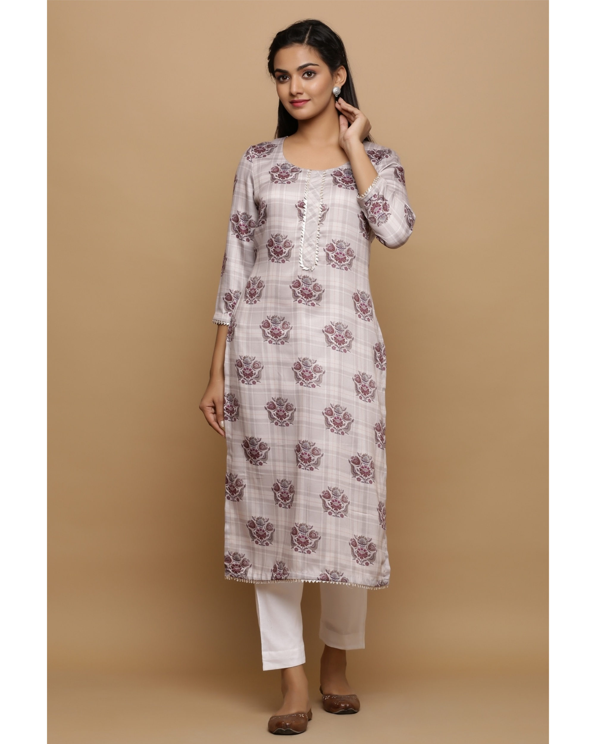 Ivory checkered kurta with floral prints