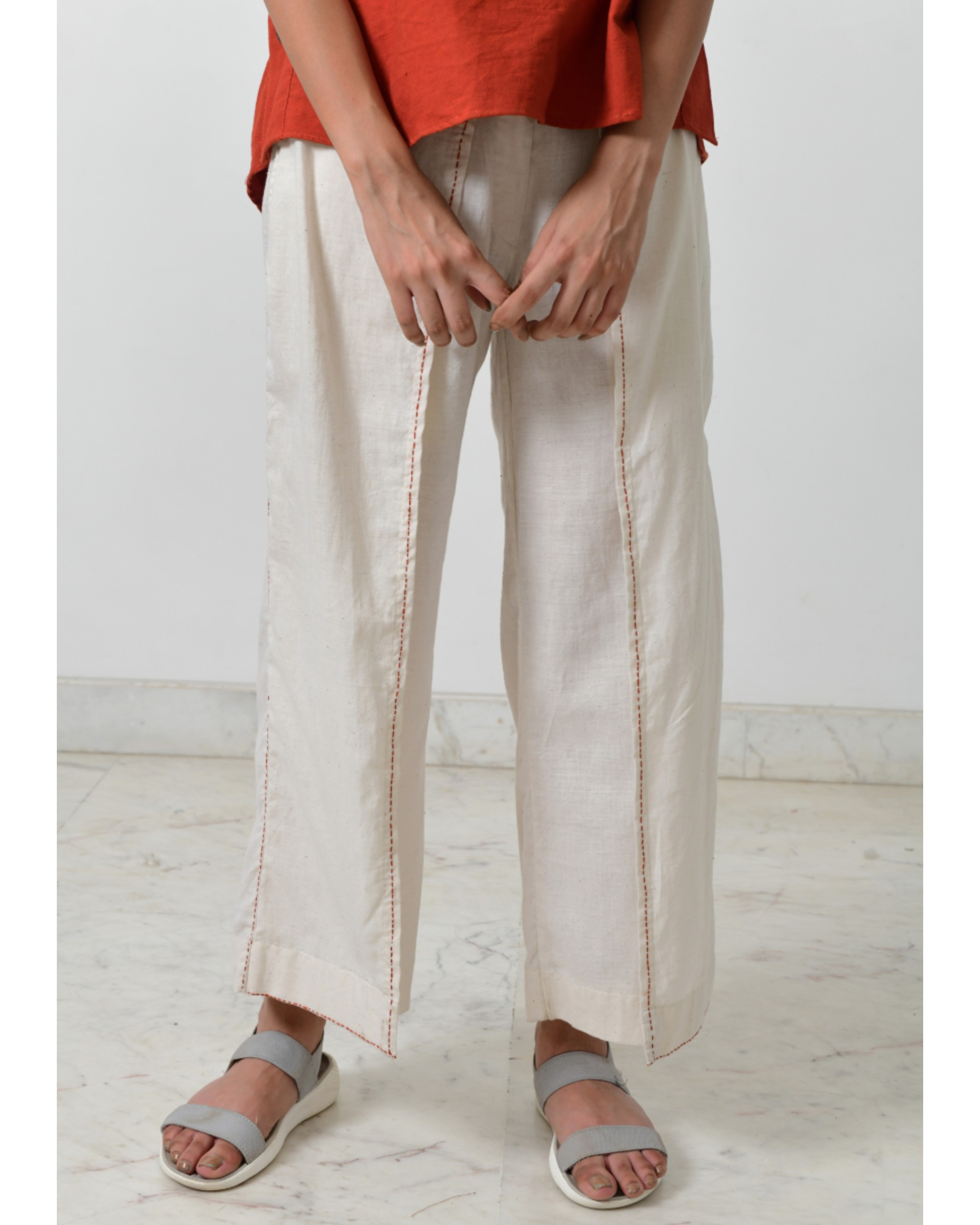 Off white tie up pants