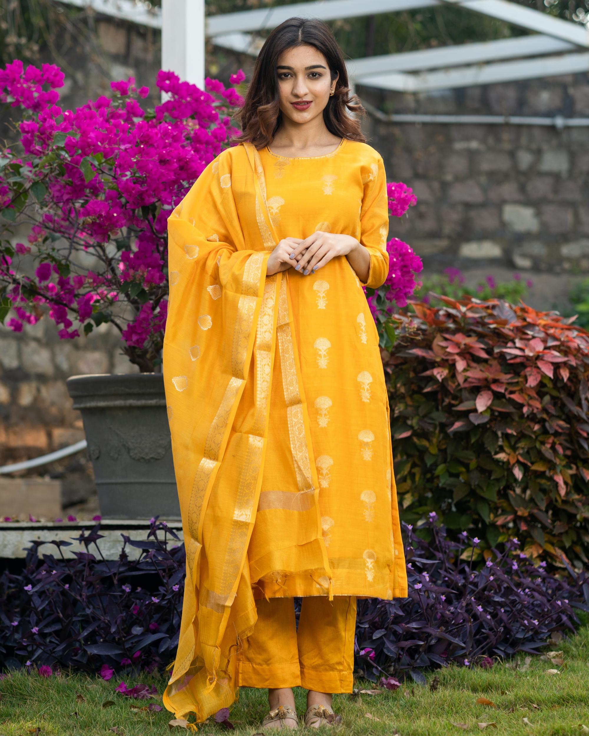 Amber yellow banarasi kurta and pants with dupatta - set of three