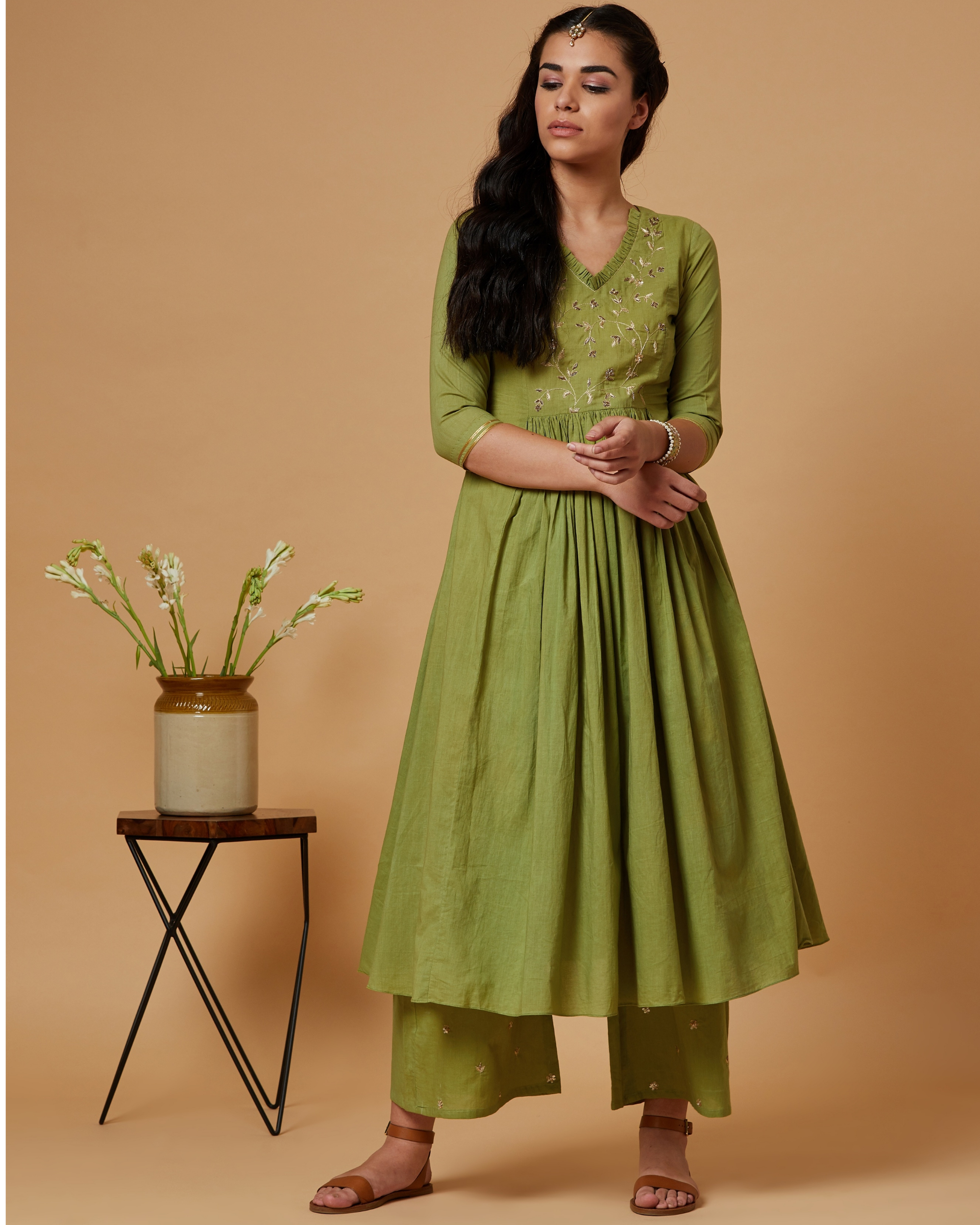 Green floral gathered kurta