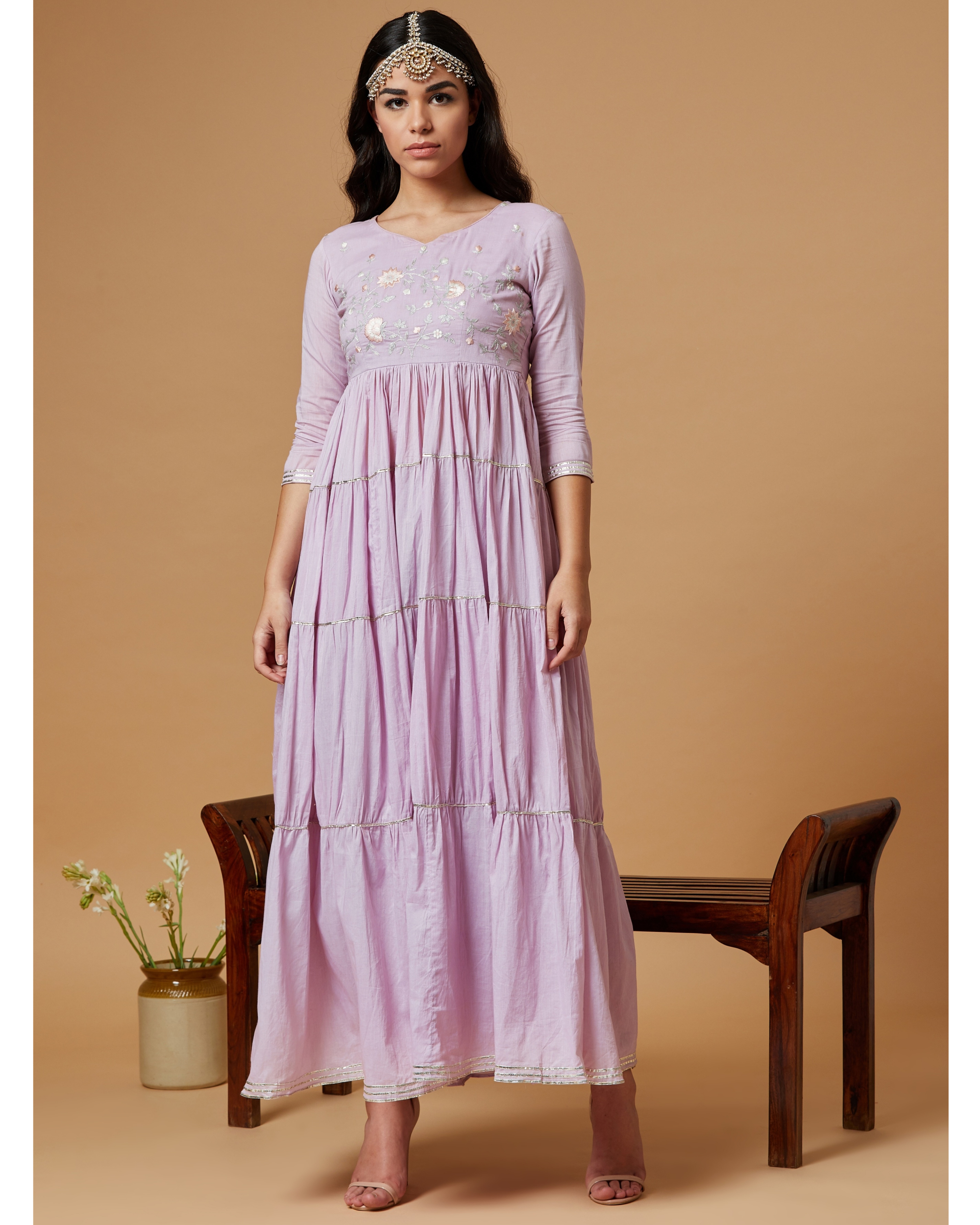 Lilac embroidered kurta with tiered gota detailing