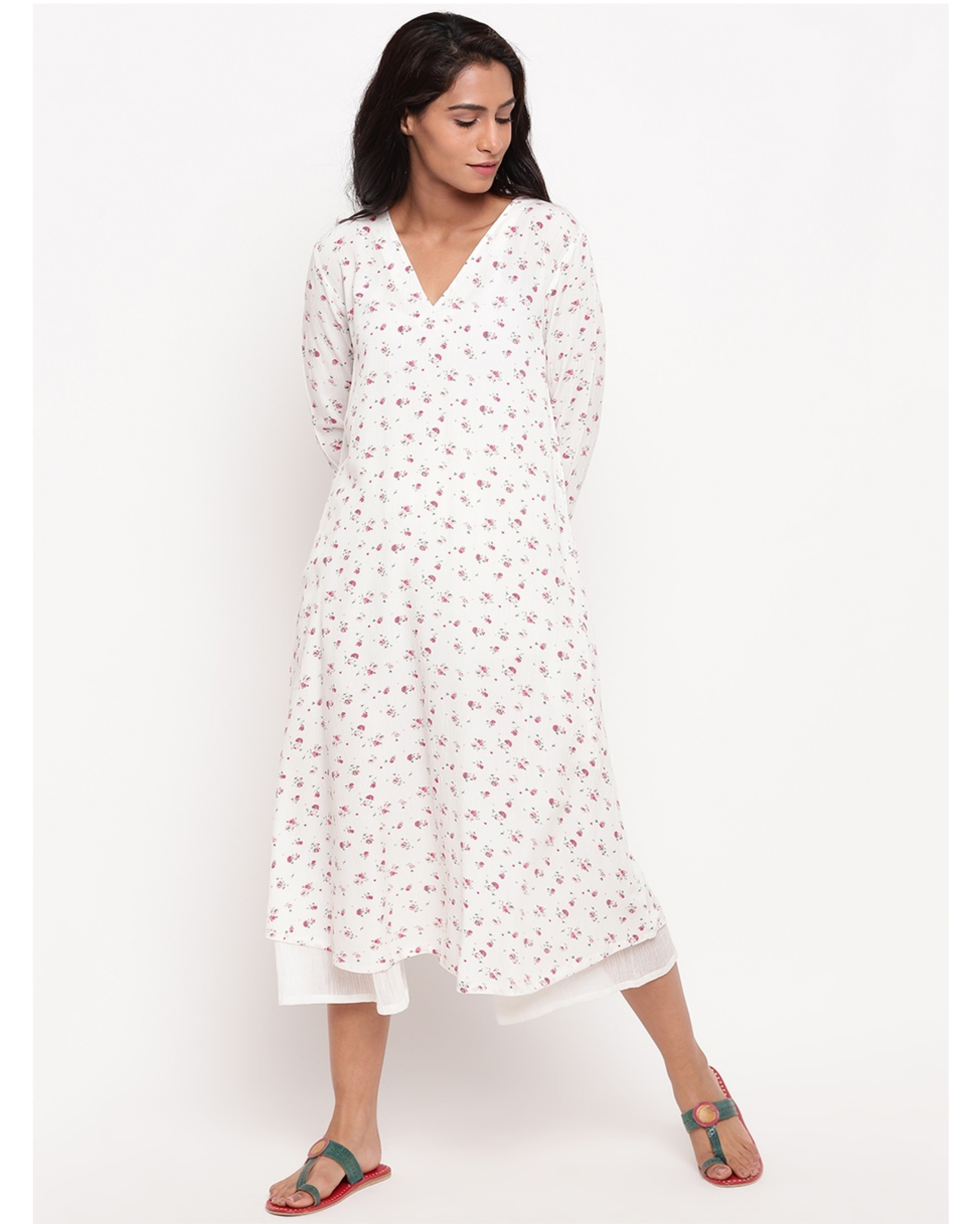 White and pink floral crinkled kurta