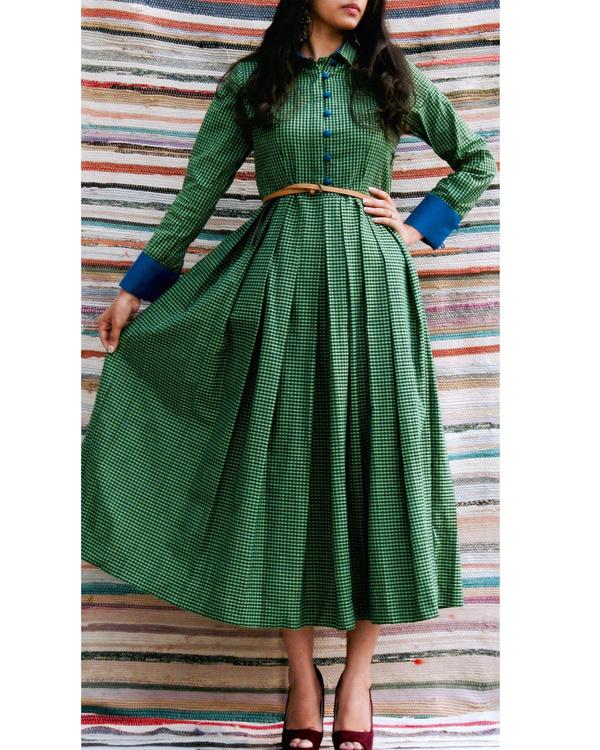 Emerald midi dress