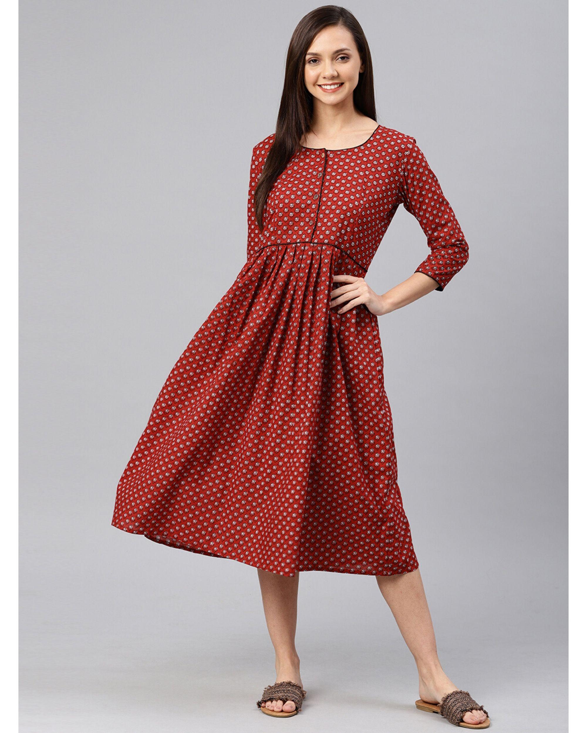Maroon floral pleated dress