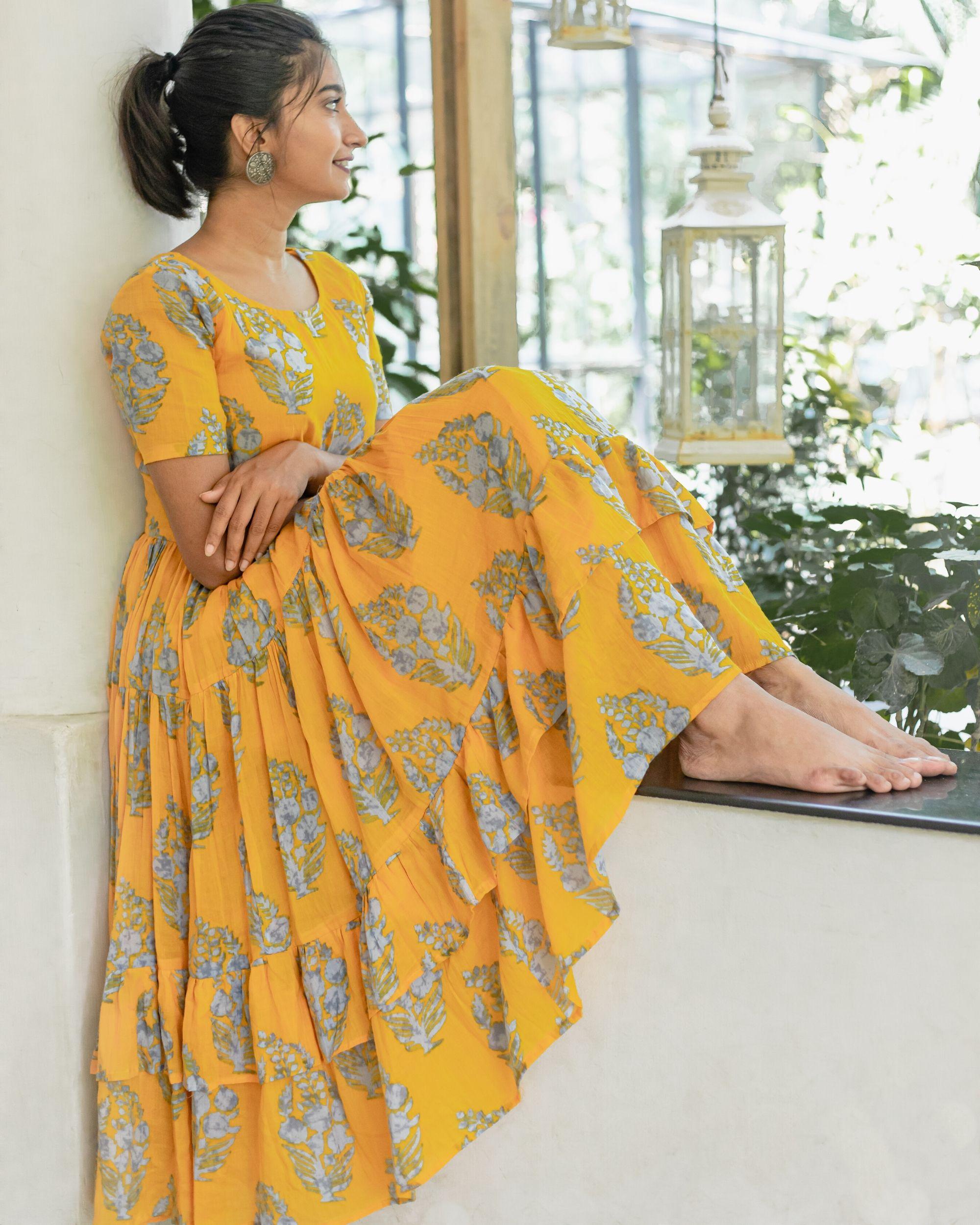 Amber yellow and grey printed dress